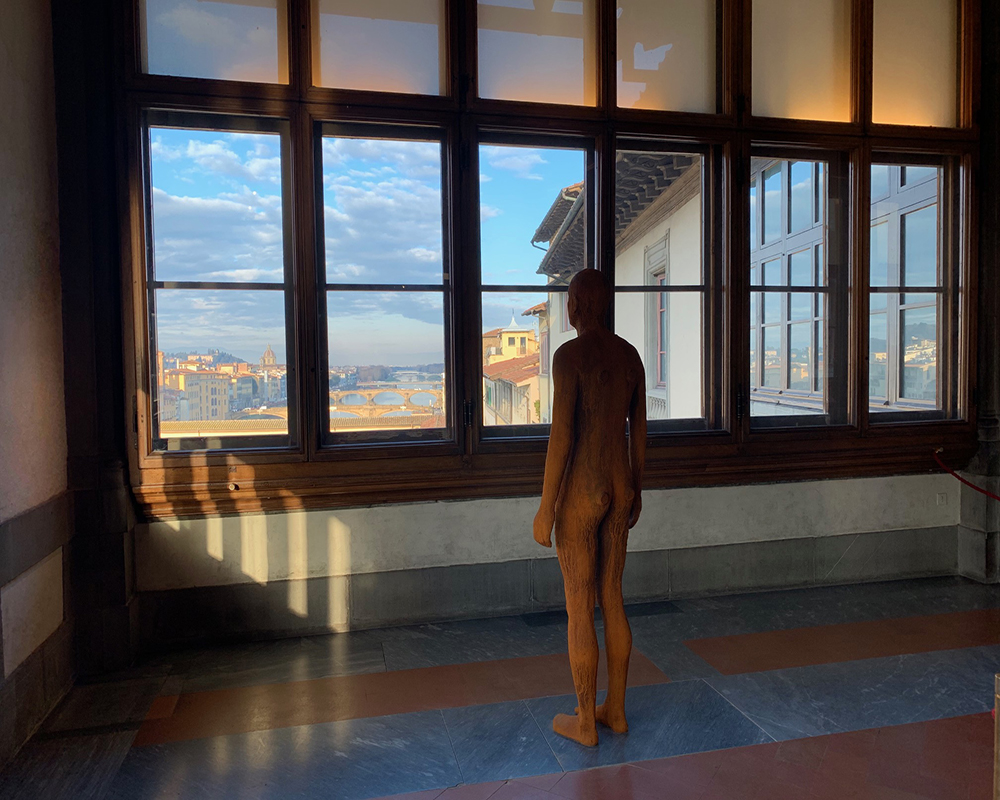 Antony Gormley at the Uffizi. To be