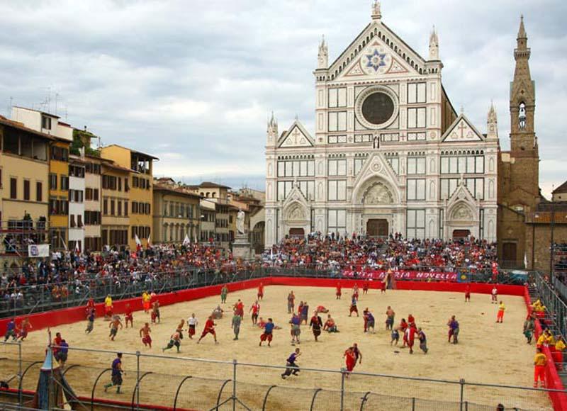 Risultati immagini per calcio storico fiorentino