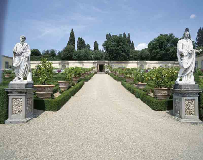 The tuscany of the medici villas firenze made in tuscany for Berg piscine toscana
