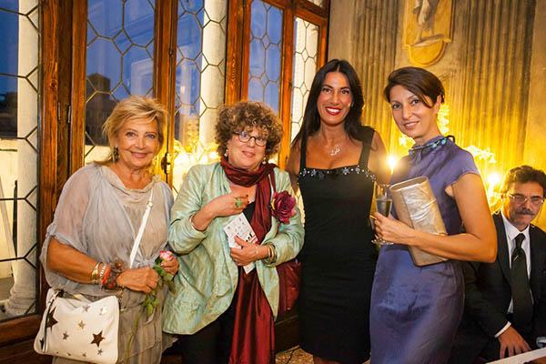 Adriana Bucella Quarisa, Tania Lupi, Dir. Lorenza Lain, Daniela Canä