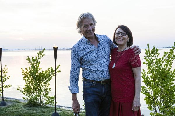 Abbedin Renato, Alessandra Buffo