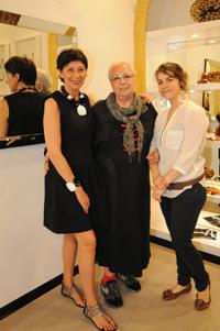 Maddalena Bencini Caputi, Angela Caputi, Claudia Purarelli
