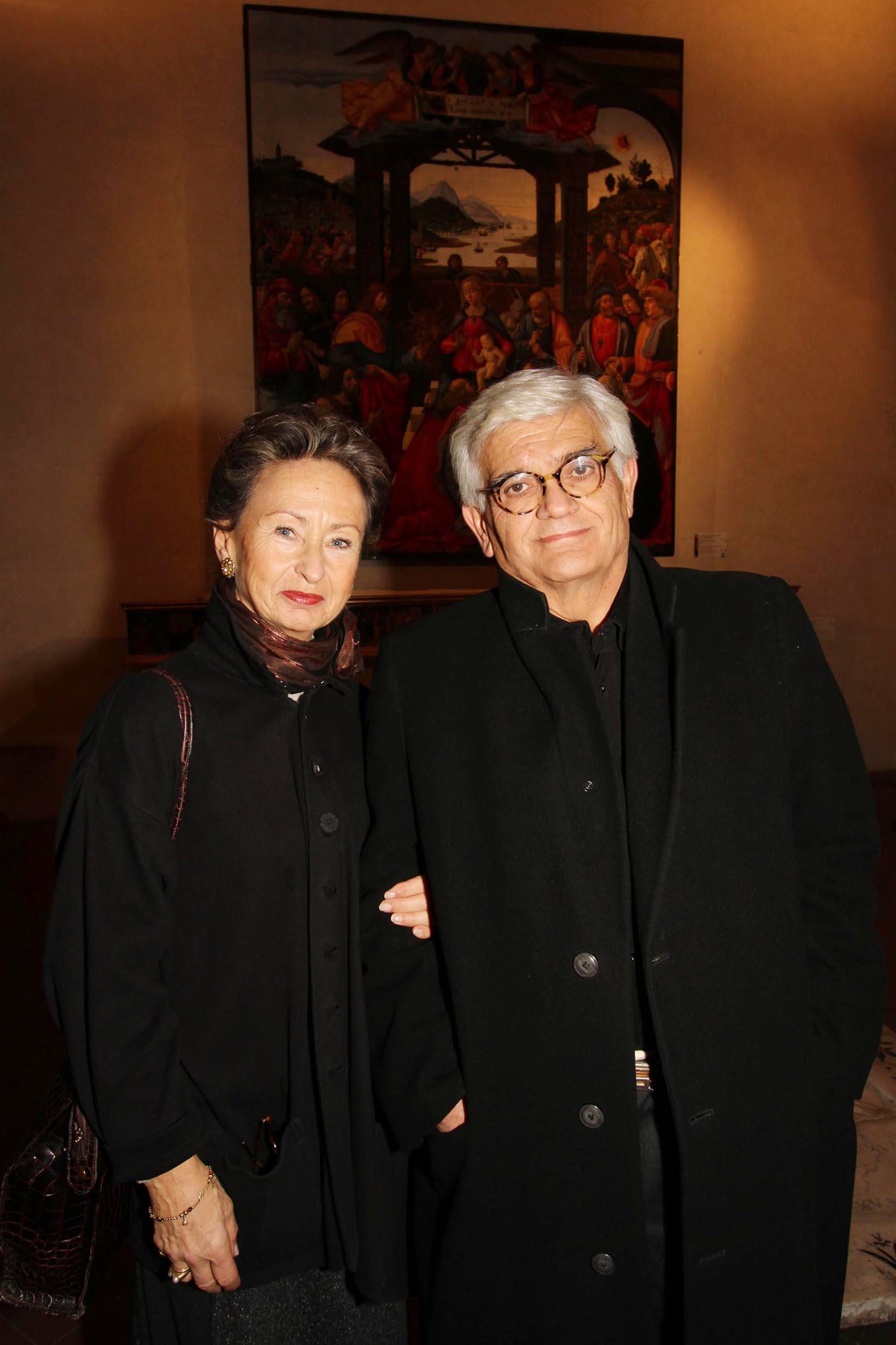 PRESSPHOTO Firenze, Asta di Gioielli d'epoca all' Istituto degli Innocenti. Nella foto Mario Spezi con la moglie Miriam