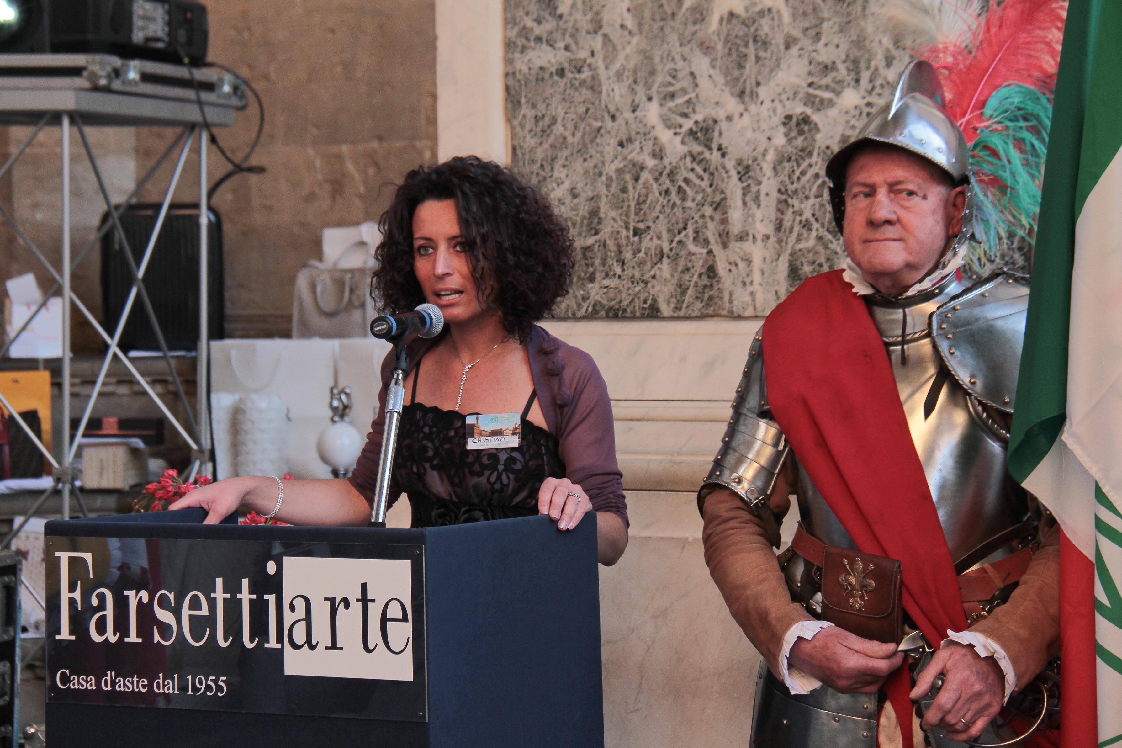 PRESSPHOTO Firenze, Loggia dei Lanzi, asta benefica per ANT organizzata da Farsetti. Nella foto  Giuseppe Cabras/New Press Photo