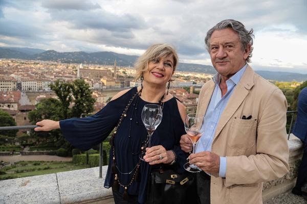 Gabriella Peruzzi, Riccardo Foto