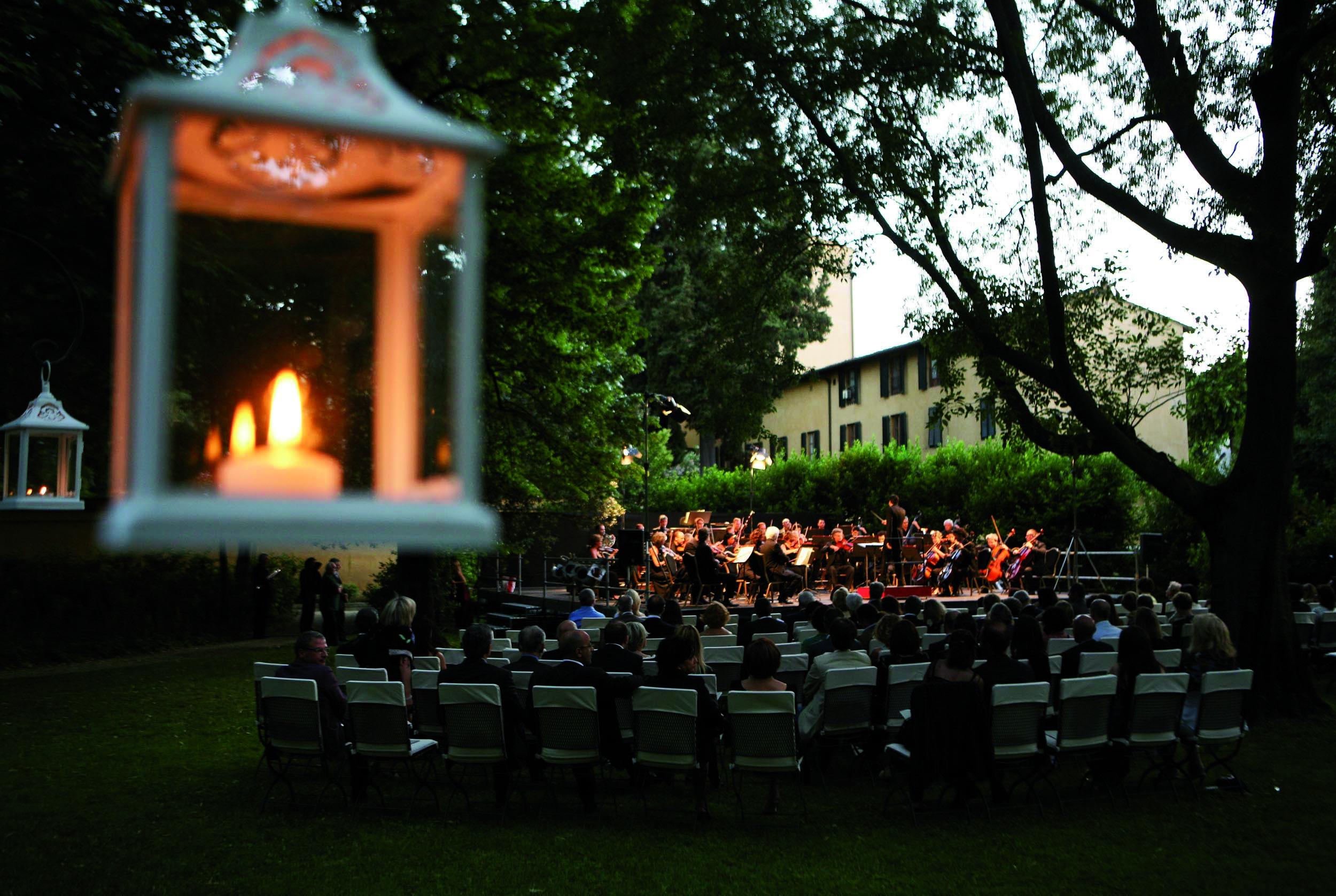 PRESSPHOTO  Firenze, concerto nel parco del Four Seasons;