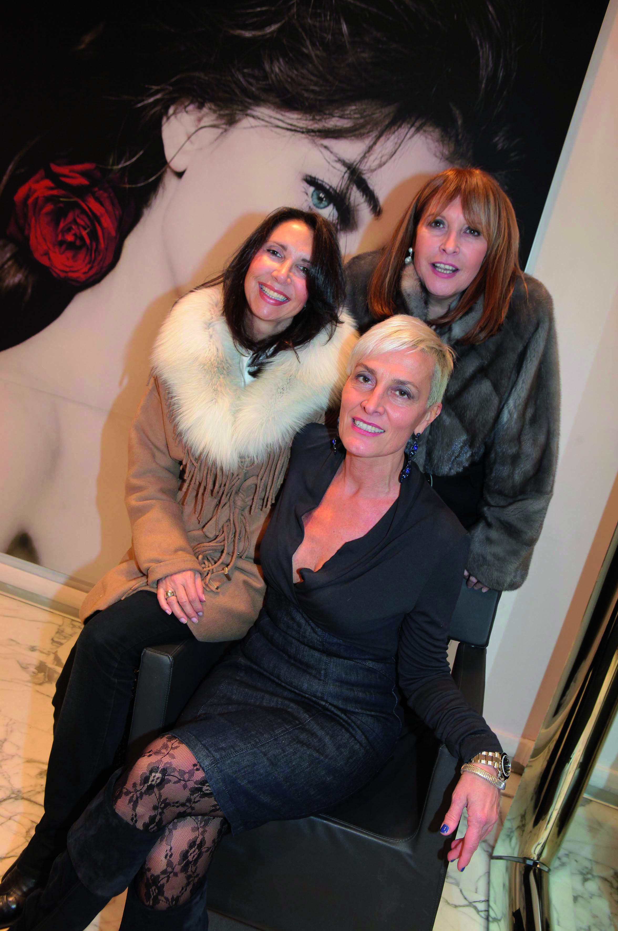 pressphoto-Firenze  parrucchiere Coppola via del Parione  Aperitivo   Monica berti,Simonetta D'ettorre,Stefania Boni