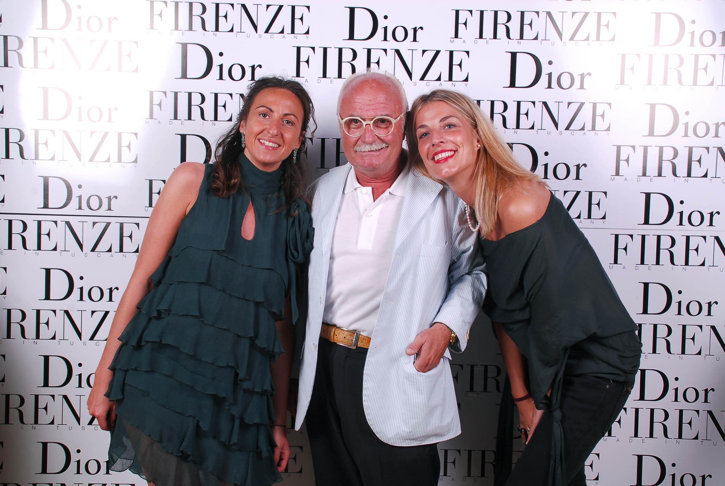 PRESSPHOTO  Firenze, evento Dior al teatro romano di Fiesole. Nella foto  Teresa Martucci, Gianni Mercatali e Giulia Dirindelli