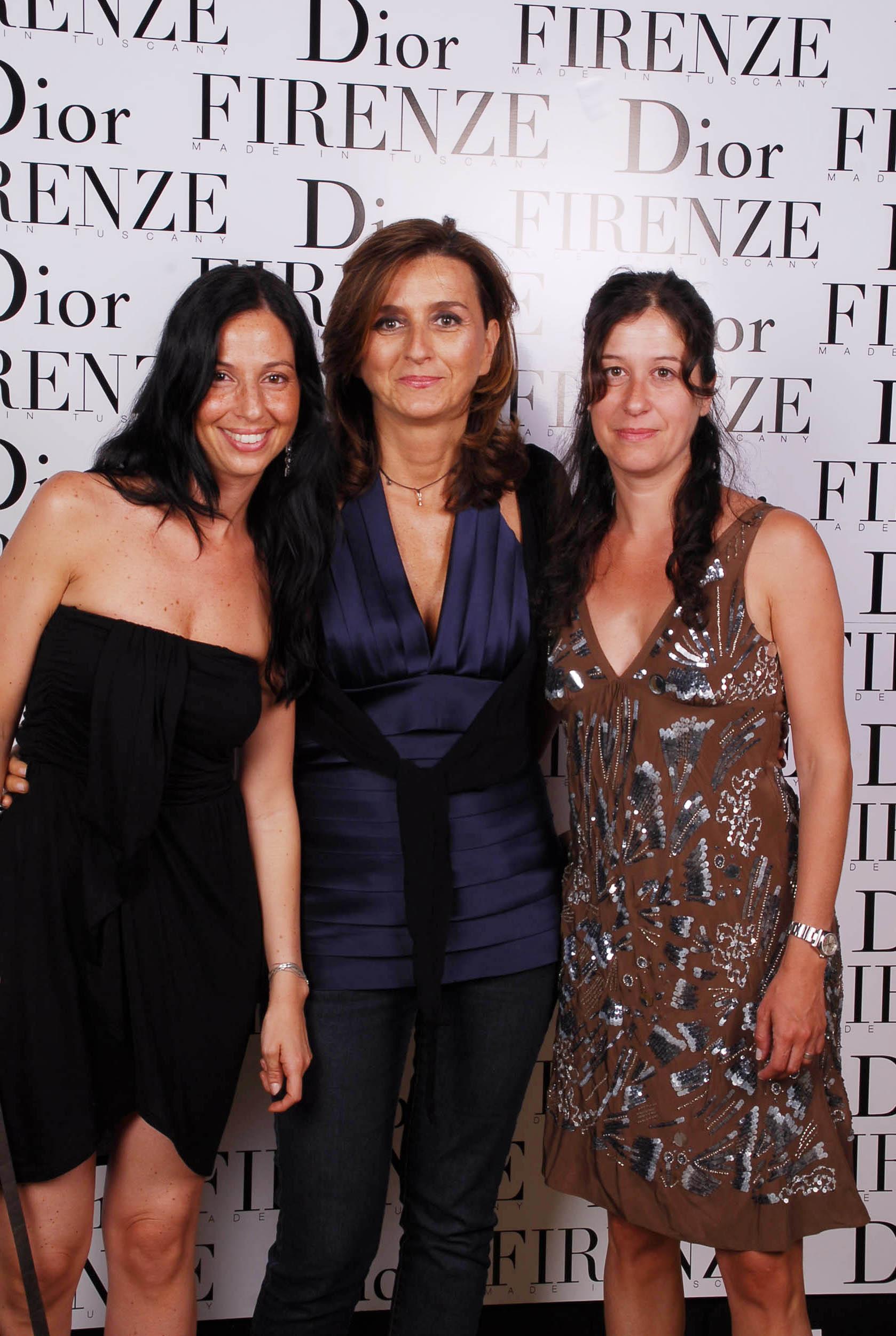 PRESSPHOTO  Firenze, evento Dior al teatro romano di Fiesole. Nella foto Paola Gribilli, Alessia Fanti e Raffaella Dotti