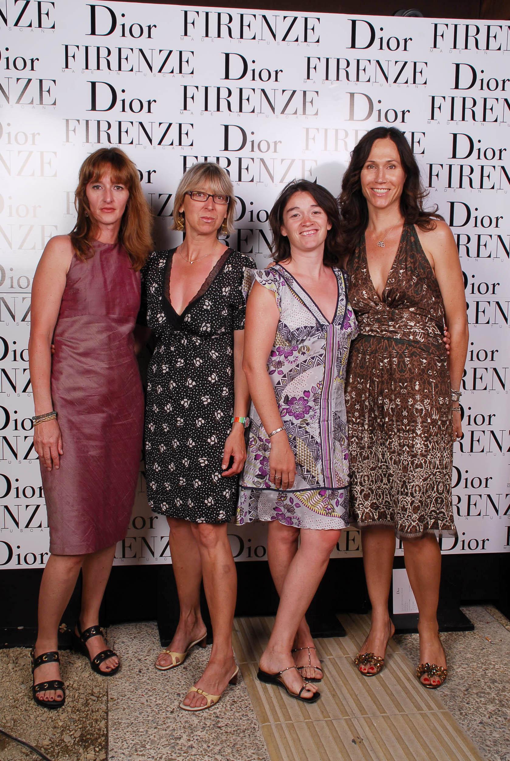 PRESSPHOTO  Firenze, evento Dior al teatro romano di Fiesole. Nella foto Marianna Vaccarino, Anna Menaldo, Elisa Signorini e Anne Hamro