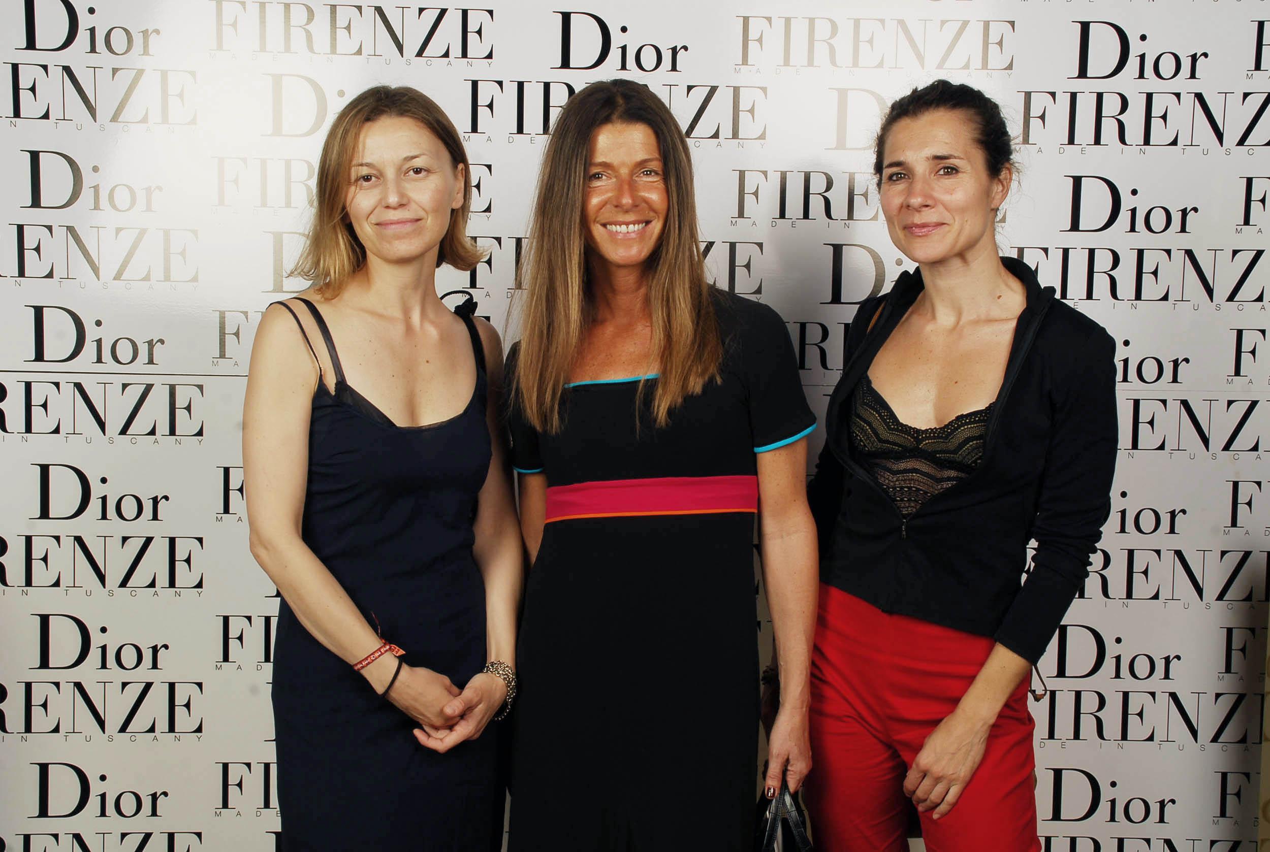 PRESSPHOTO  Firenze, evento Dior al teatro romano di Fiesole. Nella foto Roberta Campanacci, Katia Santucci e Simona Vercelli