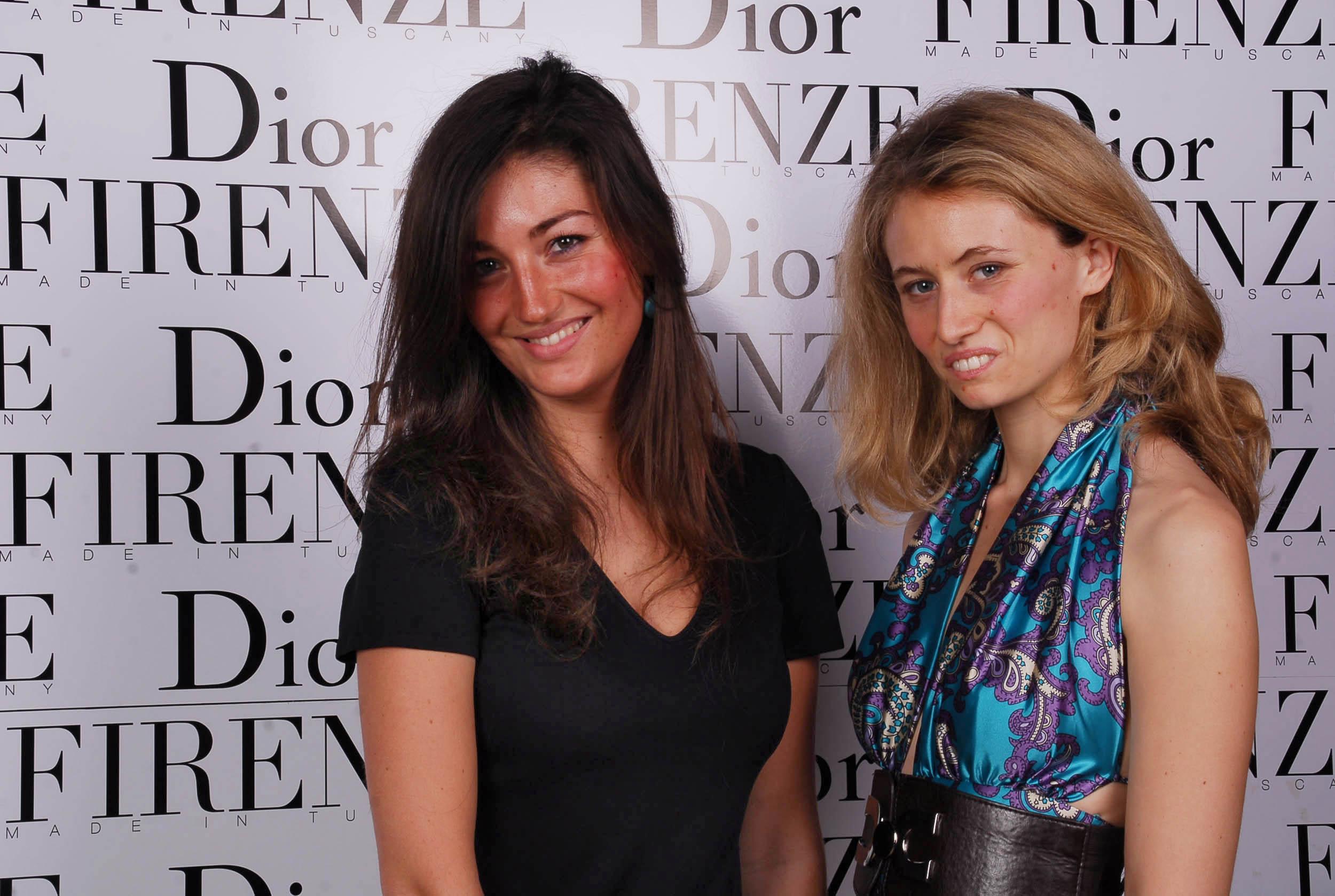 PRESSPHOTO  Firenze, evento Dior al teatro romano di Fiesole. Nella foto Polimnia Attolico e Lucrezia Carrega
