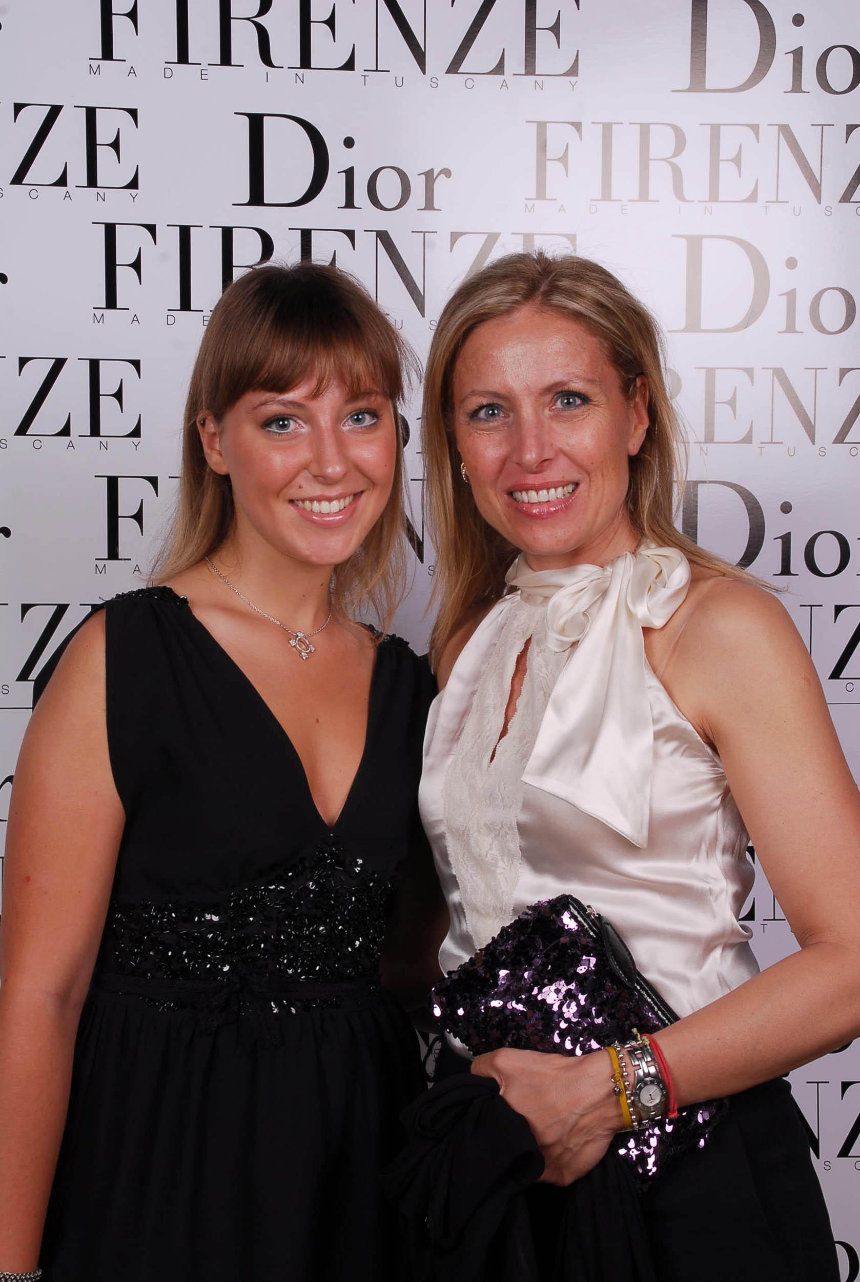 PRESSPHOTO  Firenze, evento Dior al teatro romano di Fiesole. Nella foto Carolina Prizzi e Gabriella Cappelletti
