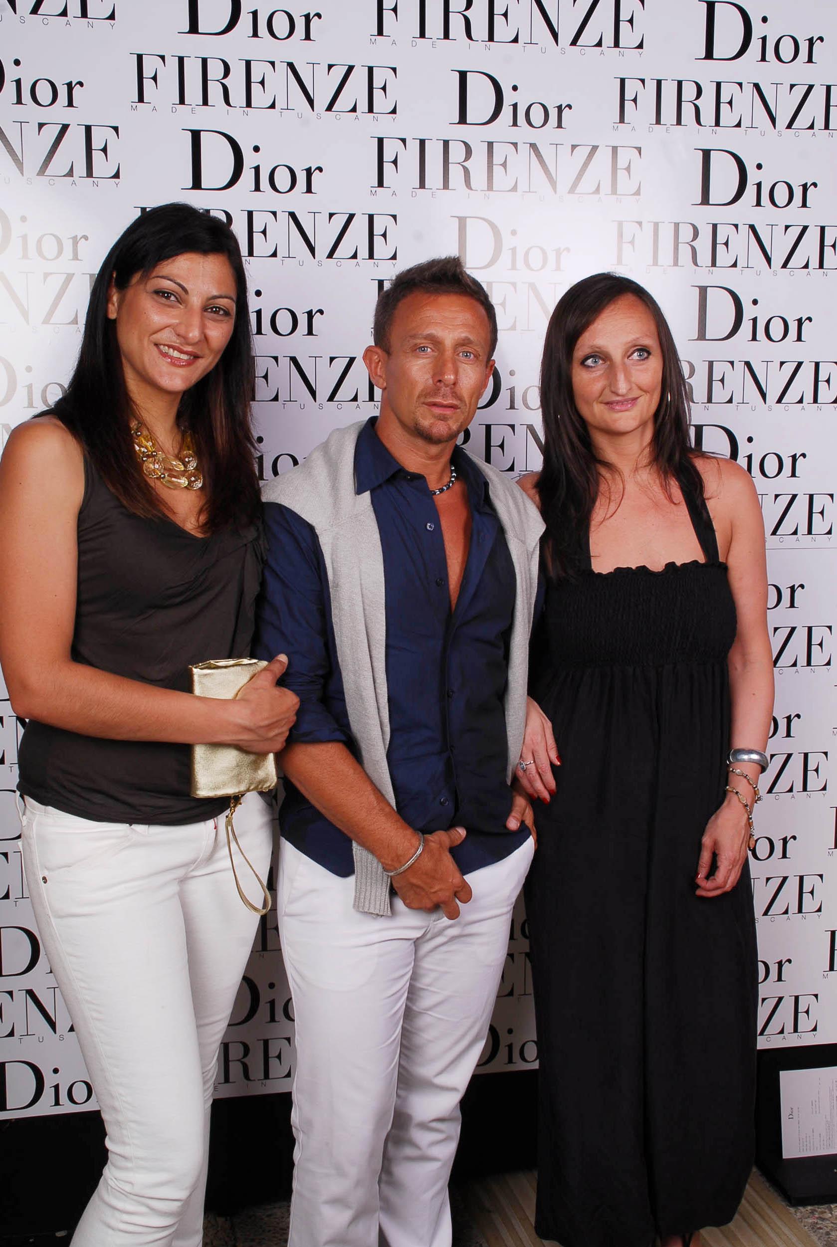 PRESSPHOTO  Firenze, evento Dior al teatro romano di Fiesole. Nella foto Oscar Lasarte, Sabrina Fuligni e Annalisa Muccio