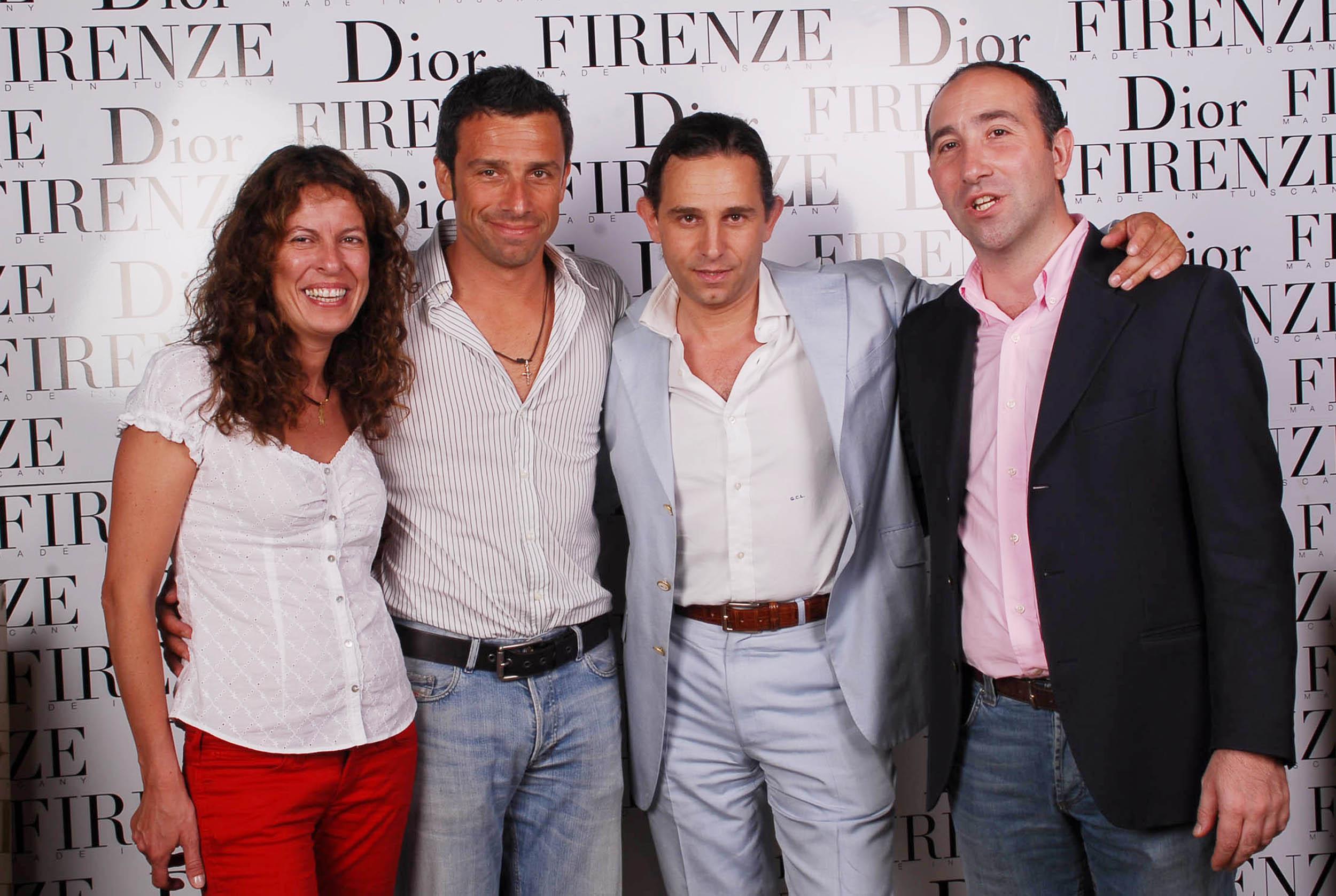 PRESSPHOTO  Firenze, evento Dior al teatro romano di Fiesole. Nella foto Stefano Bosia con Giuseppe ingria, Francesca e Nicola Mondaini