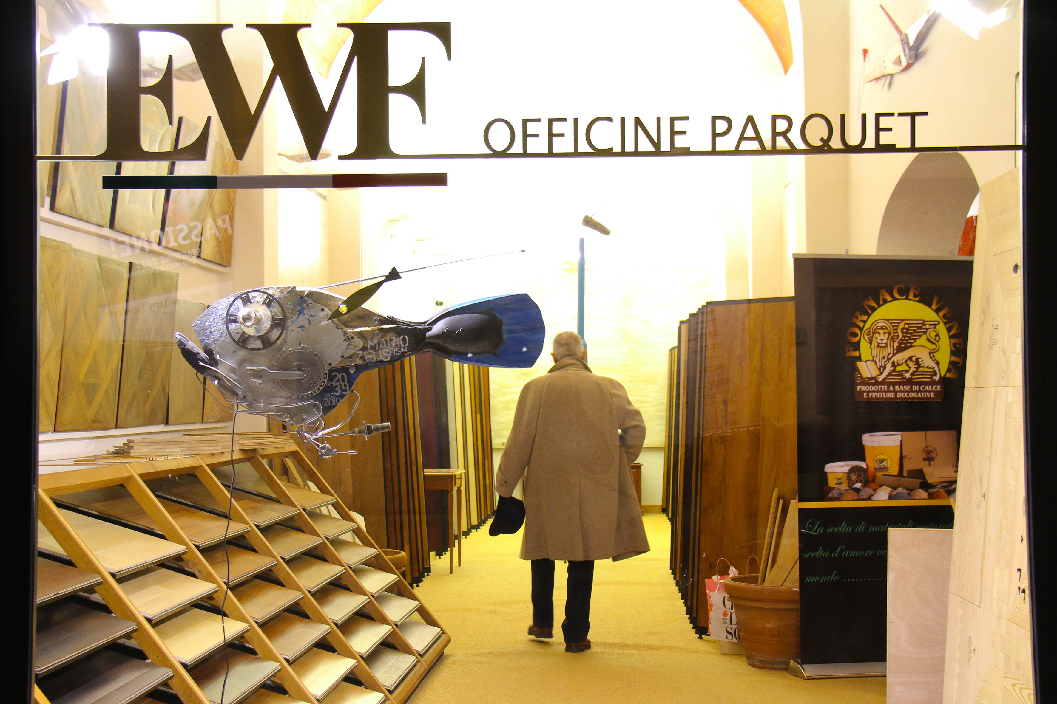 PRESSPHOTO Firenze, EWF Officine Parquet. Nella foto l'atelier