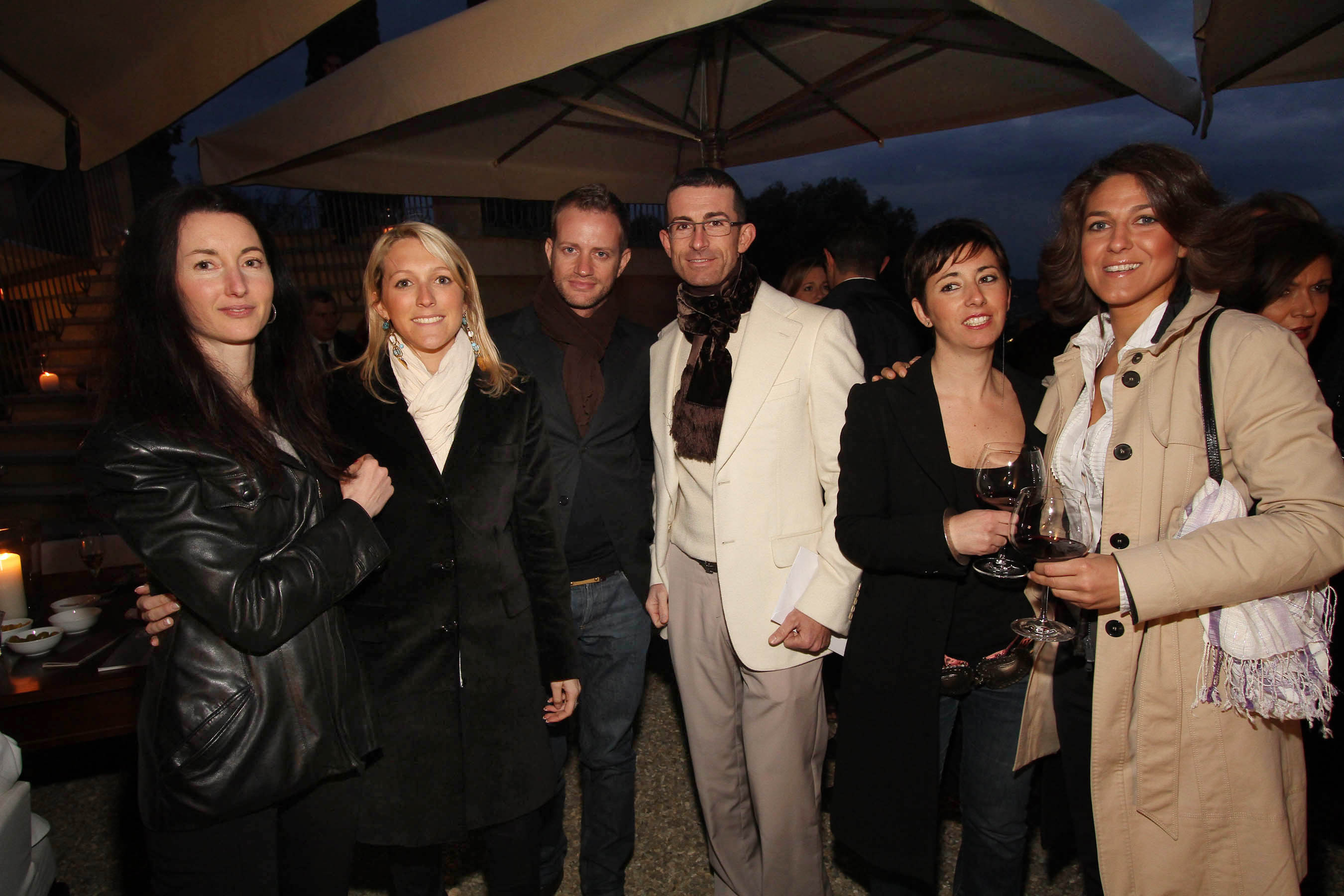 PRESSPHOTO Firenze, festa Firenze Magazine. Nella foto Giulia Bazzani, Donatella Vandelli, Francesco Baroncelli, Stefano Buonoconto, Giulia Marcucci e Gemma Magrini