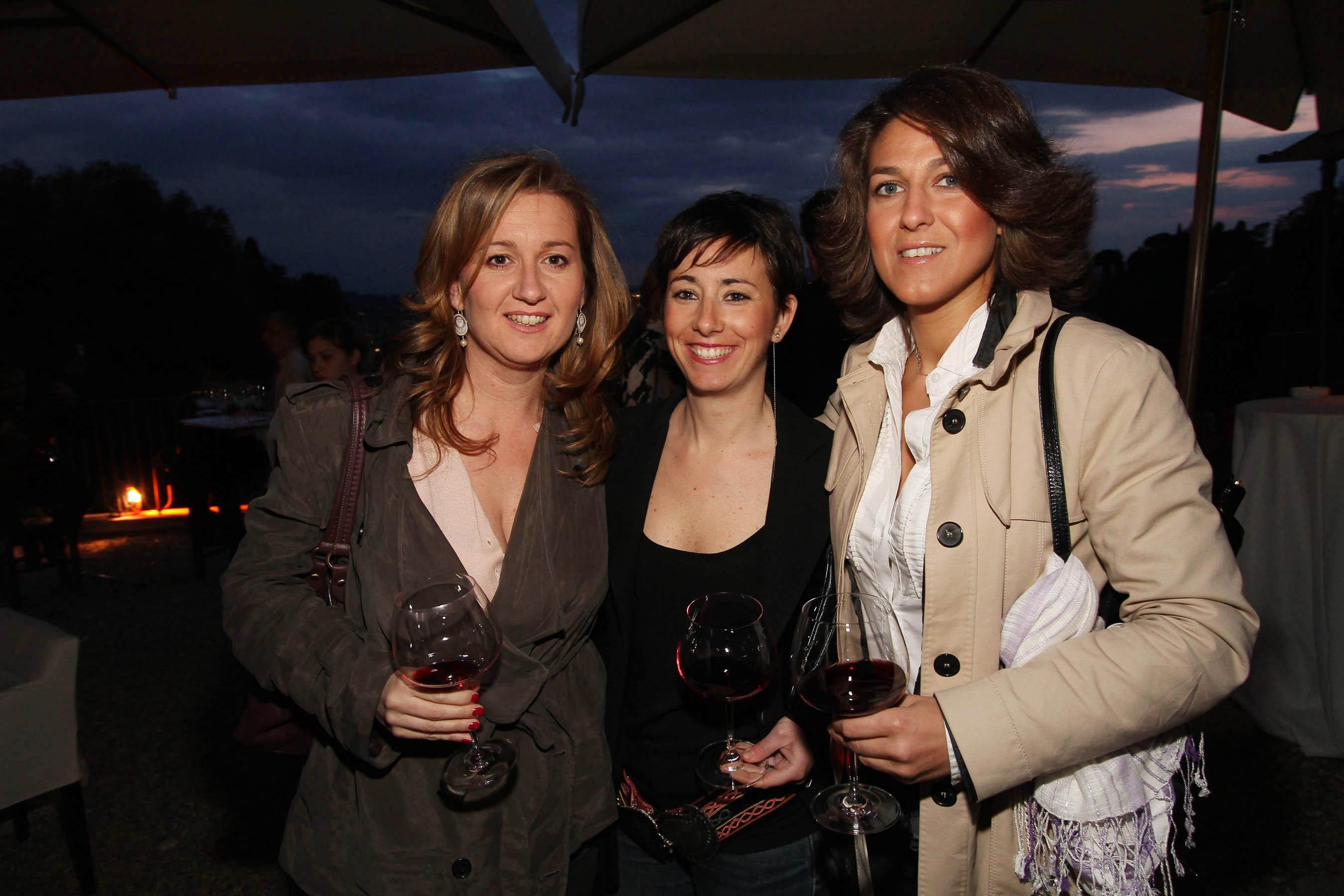 PRESSPHOTO Firenze, festa Firenze Magazine. Nella foto Lucrezia Abrami, Giulia Marcucci e Gemma Magrini