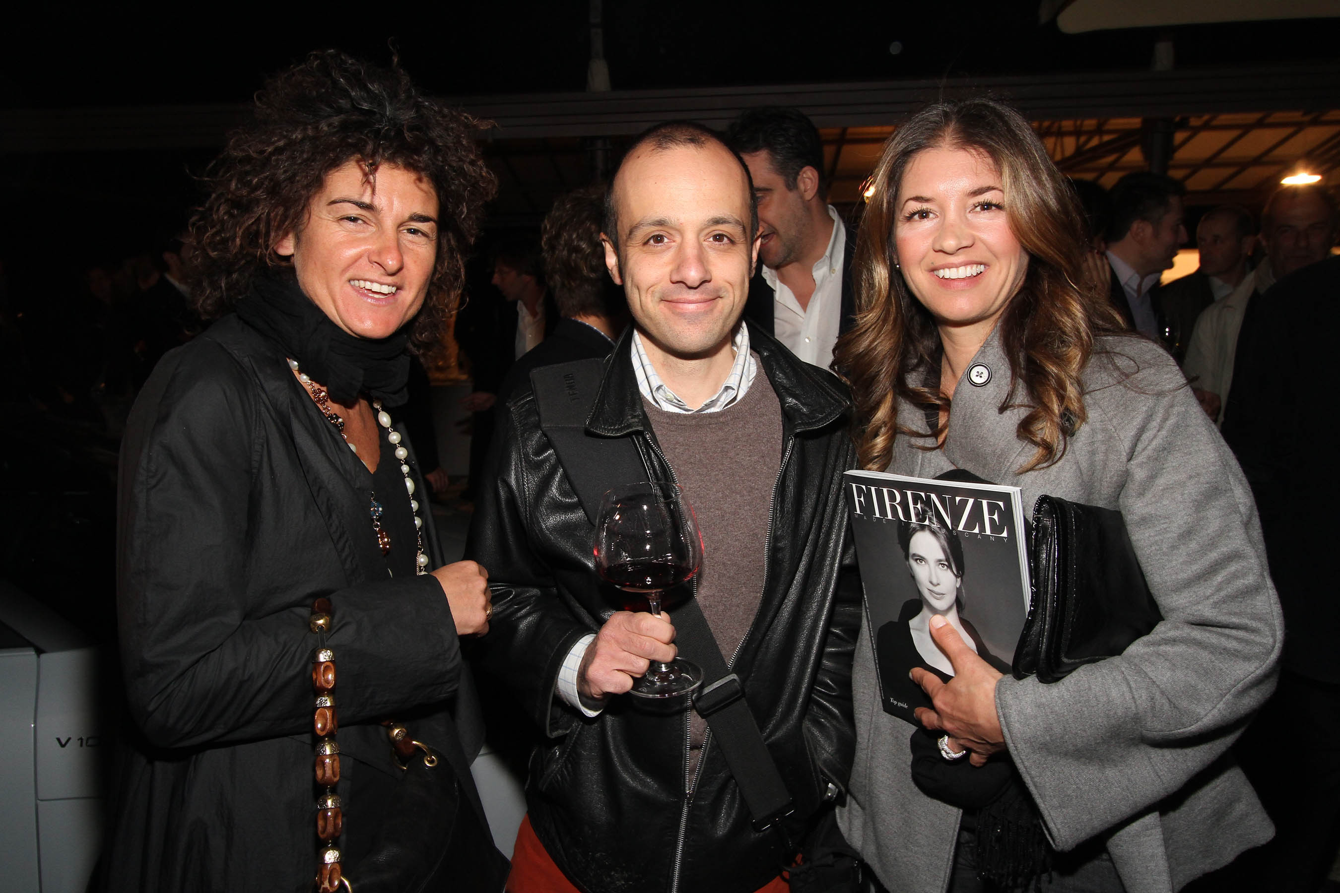 PRESSPHOTO Firenze, festa Firenze Magazine. Nella foto  Maura Bartolozzi e Simona Aronni con Matteo Brogi