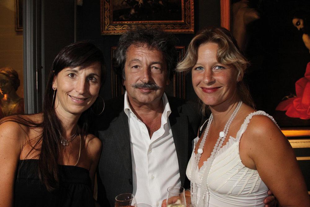 PRESSPHOTO  Firenze Magazine, Galleria d'Arte in via Maggio; alessandra manzoni gianni santi julia markert