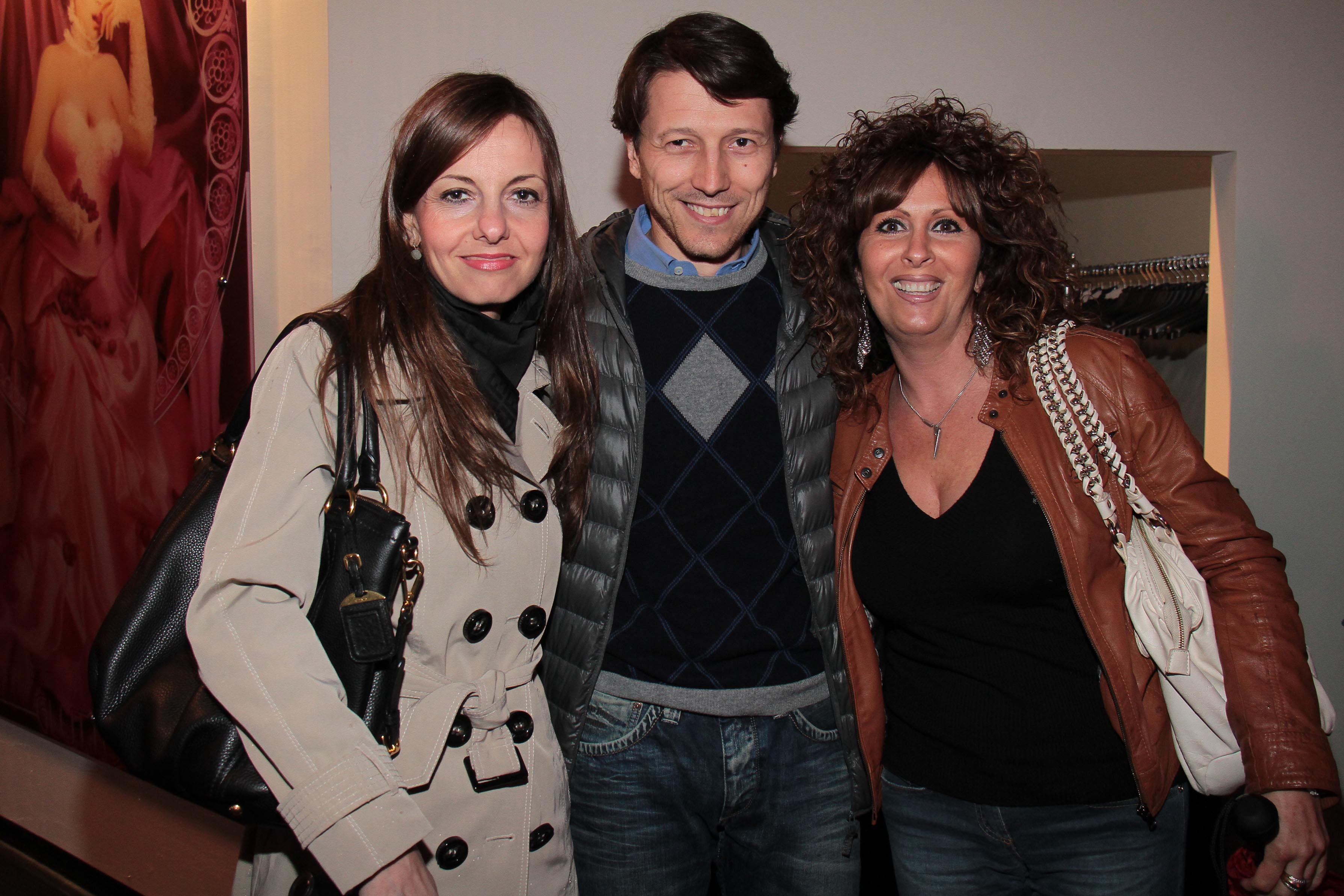 PRESSPHOTO Capalle, inaugurazione Galisia. Nella foto Paola Diamanti, Matteo Papini e Linda Maroncelli giuseppe cabras/new press photo