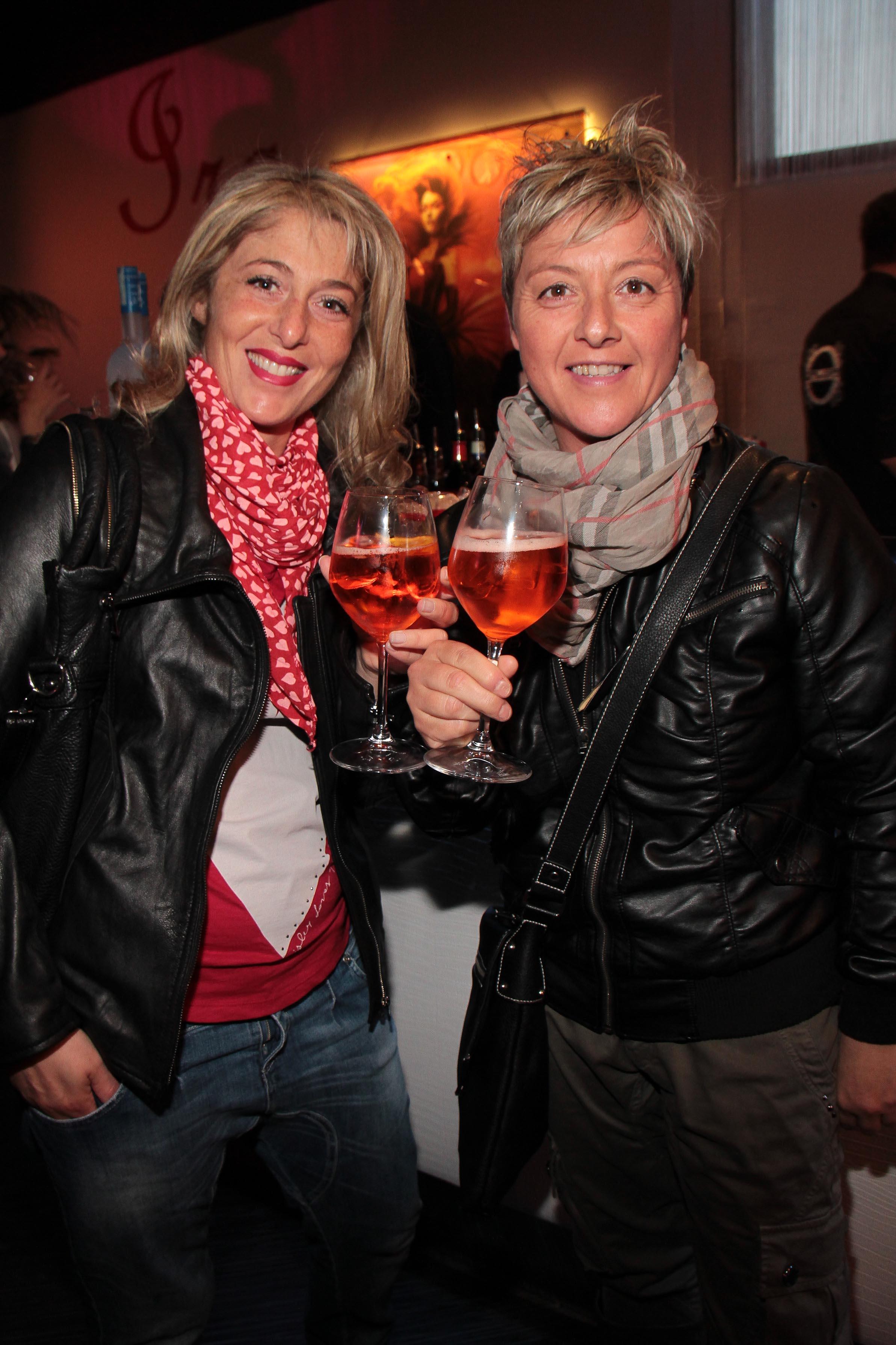 PRESSPHOTO Capalle, inaugurazione Galisia. Nella foto Pamela Fanti e Roberta Sciarri giuseppe cabras/new press photo