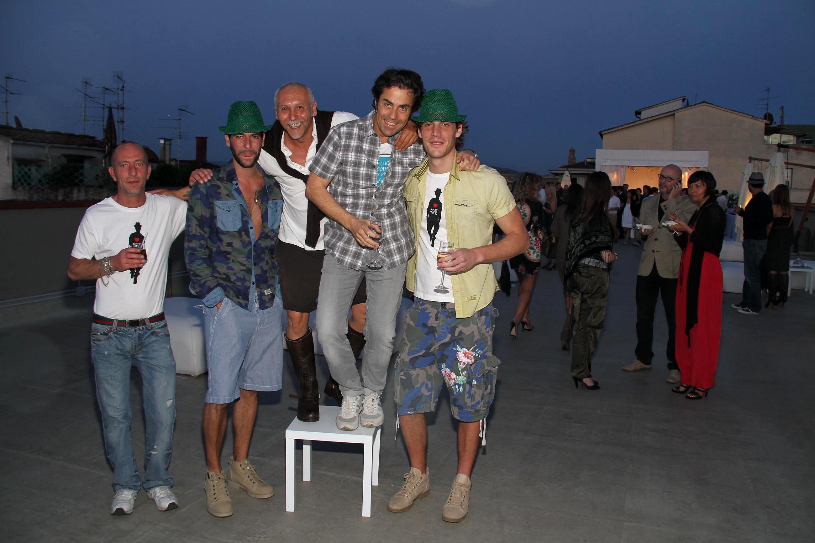 PRESSPHOTO Firenze, Garage Europa, evento Keep Wild. Nella foto Stefano e Paolo Bacciarini, Riccardo Paolicchi con alcuni odelli