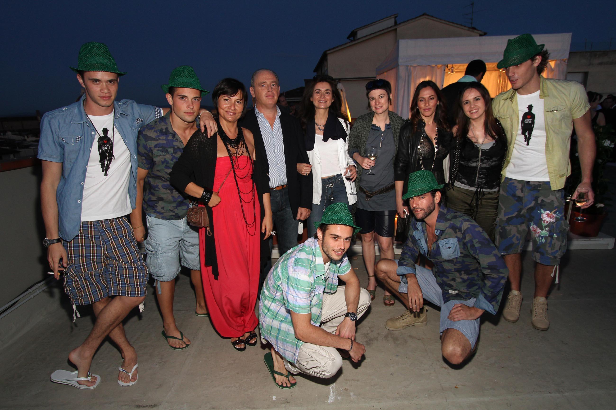 PRESSPHOTO Firenze, Garage Europa, evento Keep Wild. Nella foto Nadia Testi, Natasha Elfring, Andrea Bacci, Anna Boccoli e Laura Magni + modelli