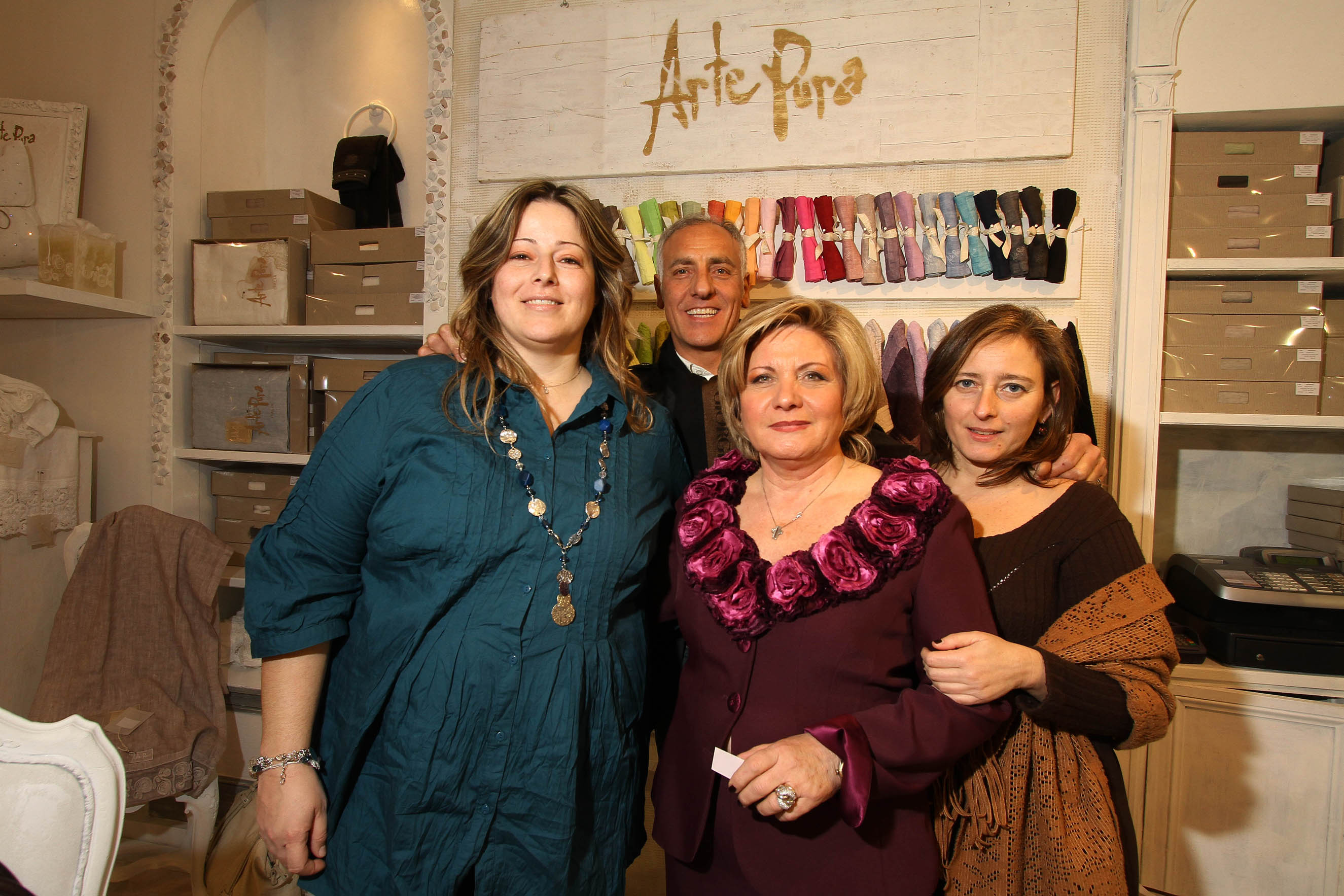PRESSPHOTO Firenze, La Galleria. Nella foto Paola Ciolli, Nicola Cesàro, Betti Mastrangeli e Stefania Magnani