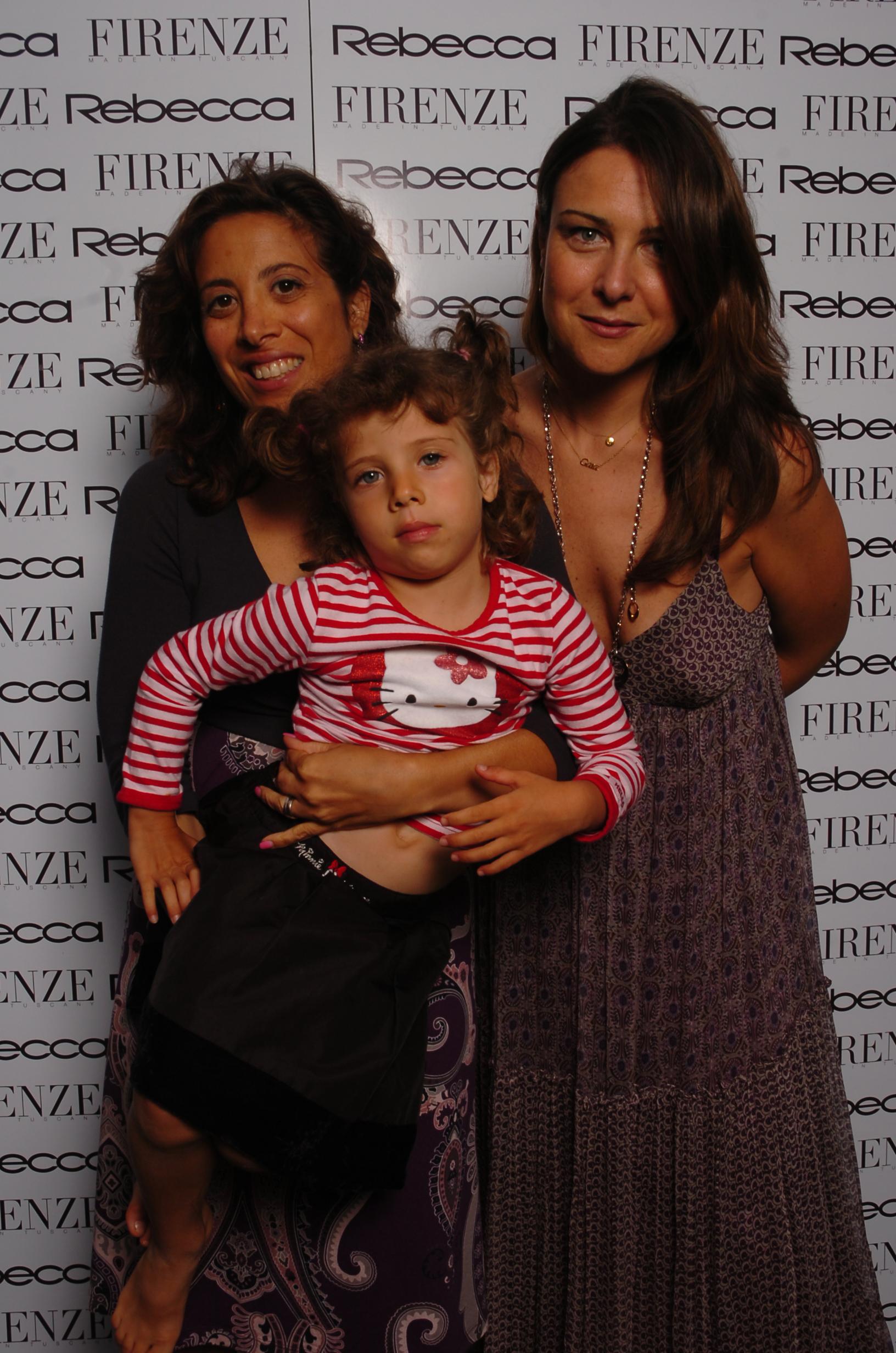 Martina e Carolina D'Enrico con Gaia Caradossi
