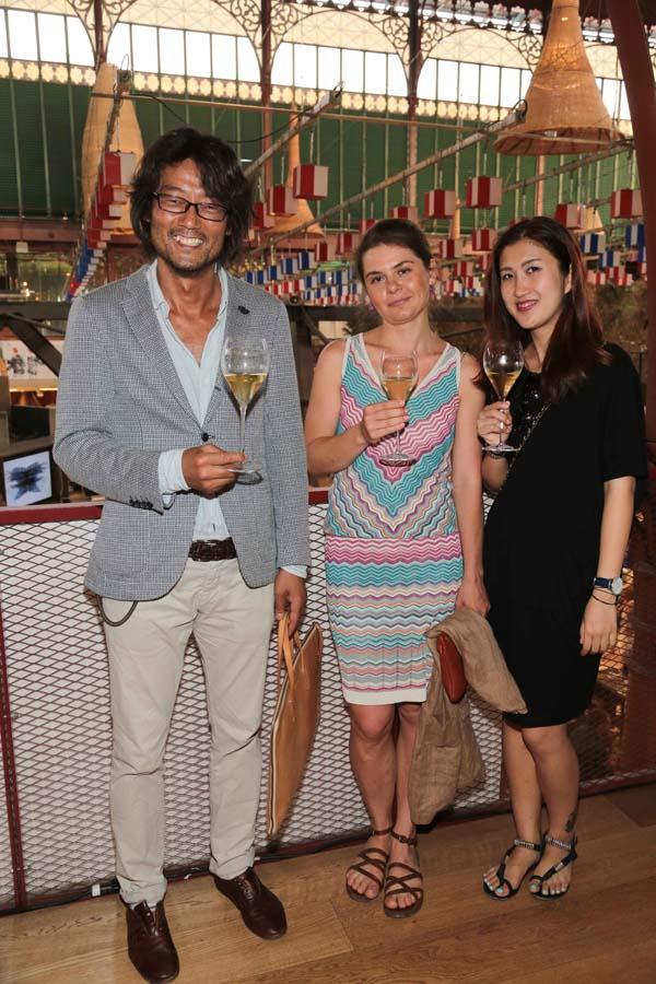 Teiji Yoshimura, Iuliia Vlasenko, Wen Yi