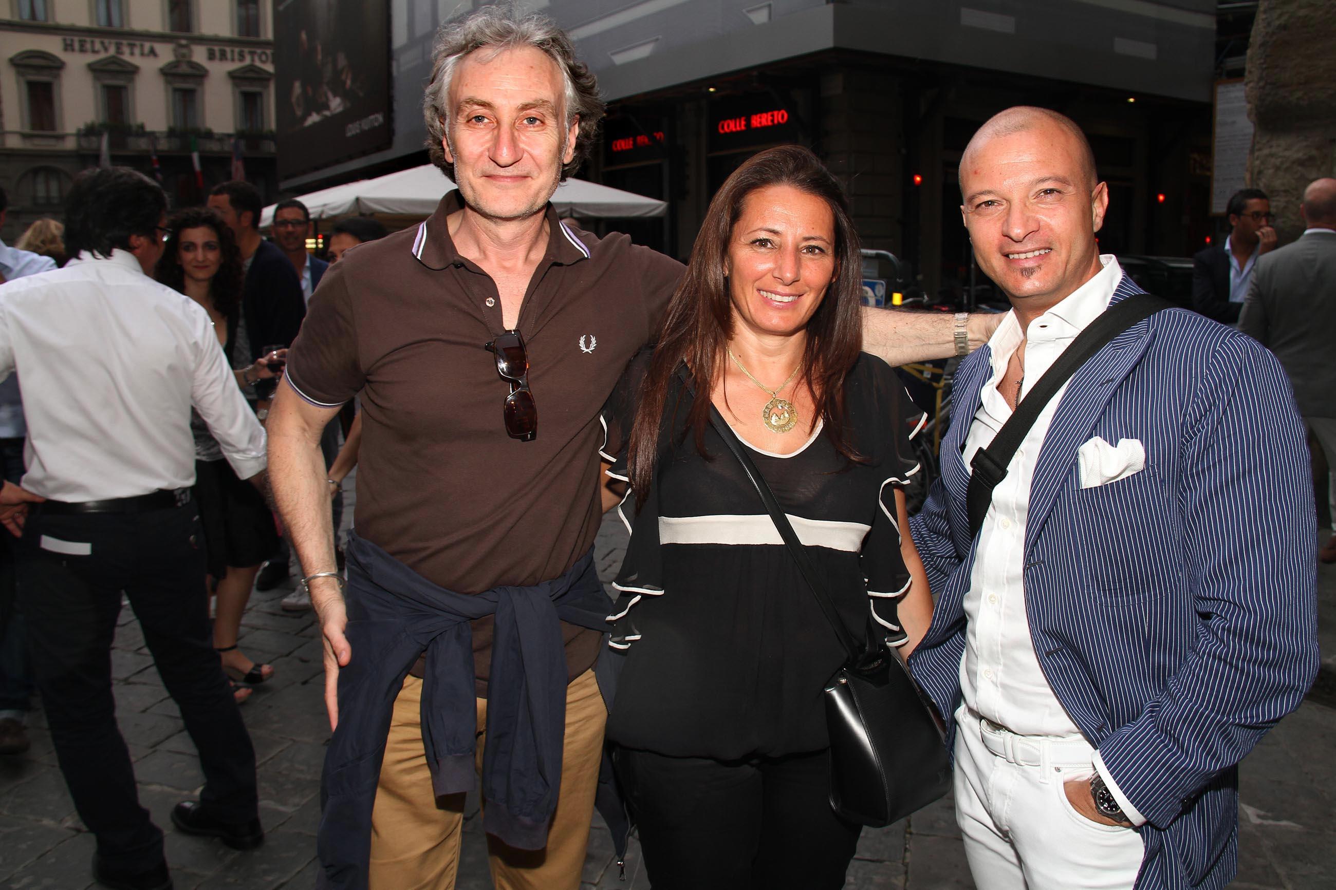 PRESSPHOTO Firenze, Evento Milord Aston Martin. Nella foto Riccardo Carisio, Monica Cozzolino e Luigi Noviello