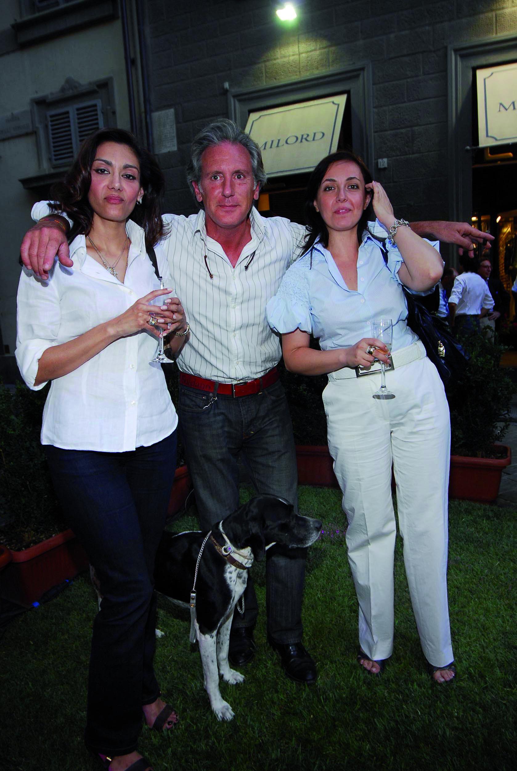 PRESSPHOTO Firenze, Milord. In foto Luciana Fabiani, Gabriele Puccetti, Angela Delle Vergini e il cane Kyra