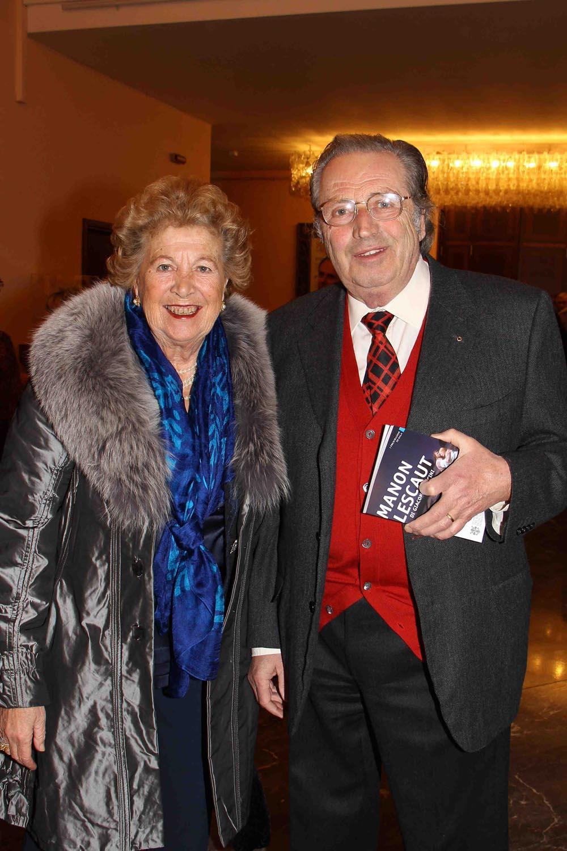 PRESSPHOTO  Firenze, MMF prima per Manon Lescaut diretta da Bruno Bartoletti. Nella foto il console di Ungheria Ferenc Ungar con la moglie