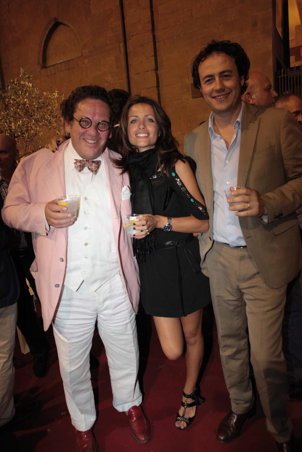 Pressphoto-Firenze  Museo Marini, Festa dell'antiquario Fabrizio Moretti per la biennale dell'antiquariato nella foto: Philipe Daverio, Francesca e Pietro Miani