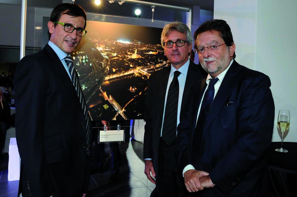 Pressphoto-Firenze Magazine Inaugurazione mostra fotografica di Massimo Sestini alla cocessionaria Audi : Massimo Sestini, Sergio Fontana ,Paolo Ermini