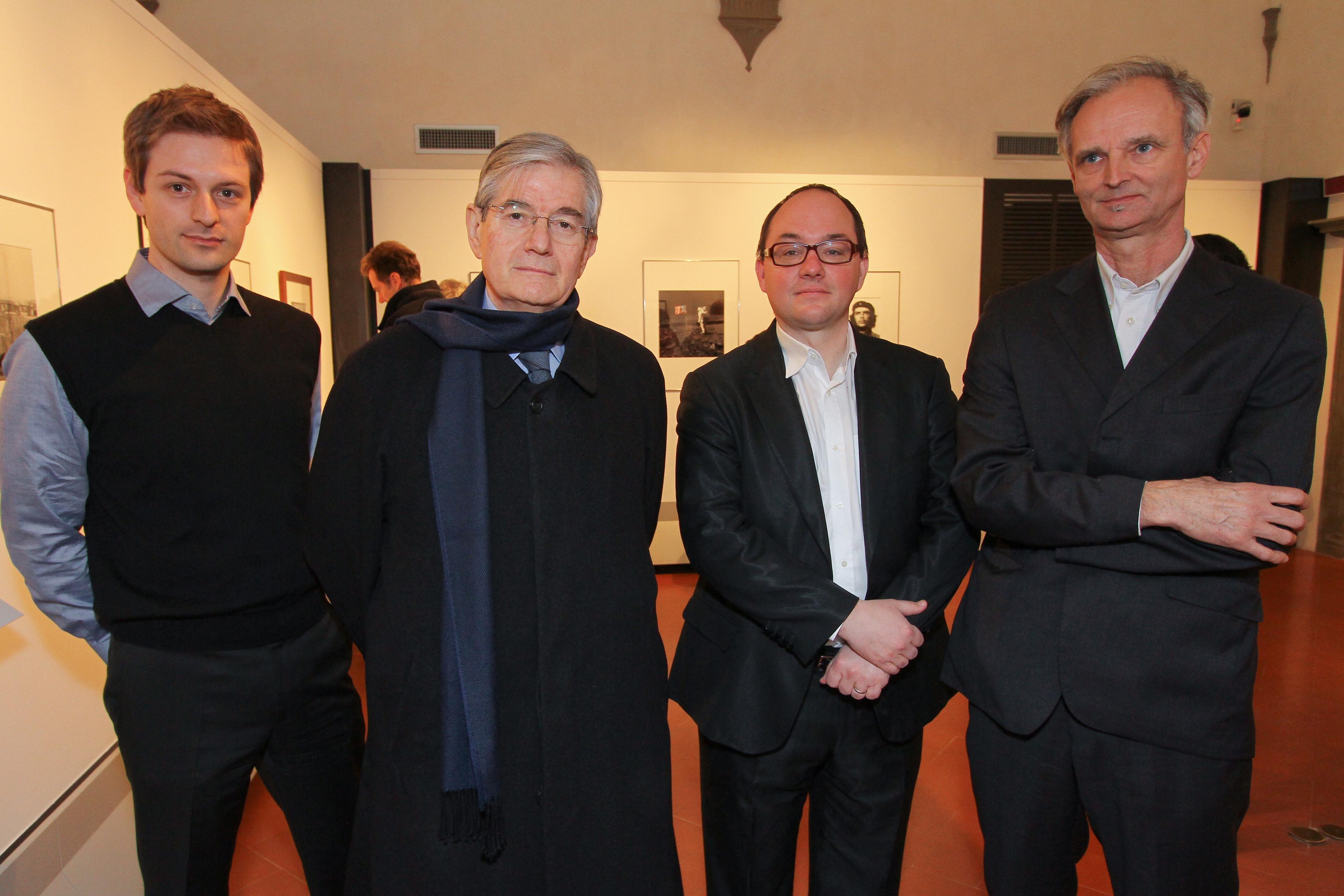 PRESSPHOTO Firenze, Museo Alinari, mostra fotografica Controverses. nella foto Claudio De Polo Saibanti con Pascal Hufschmid, Daniel Girardin e Christian Pirker