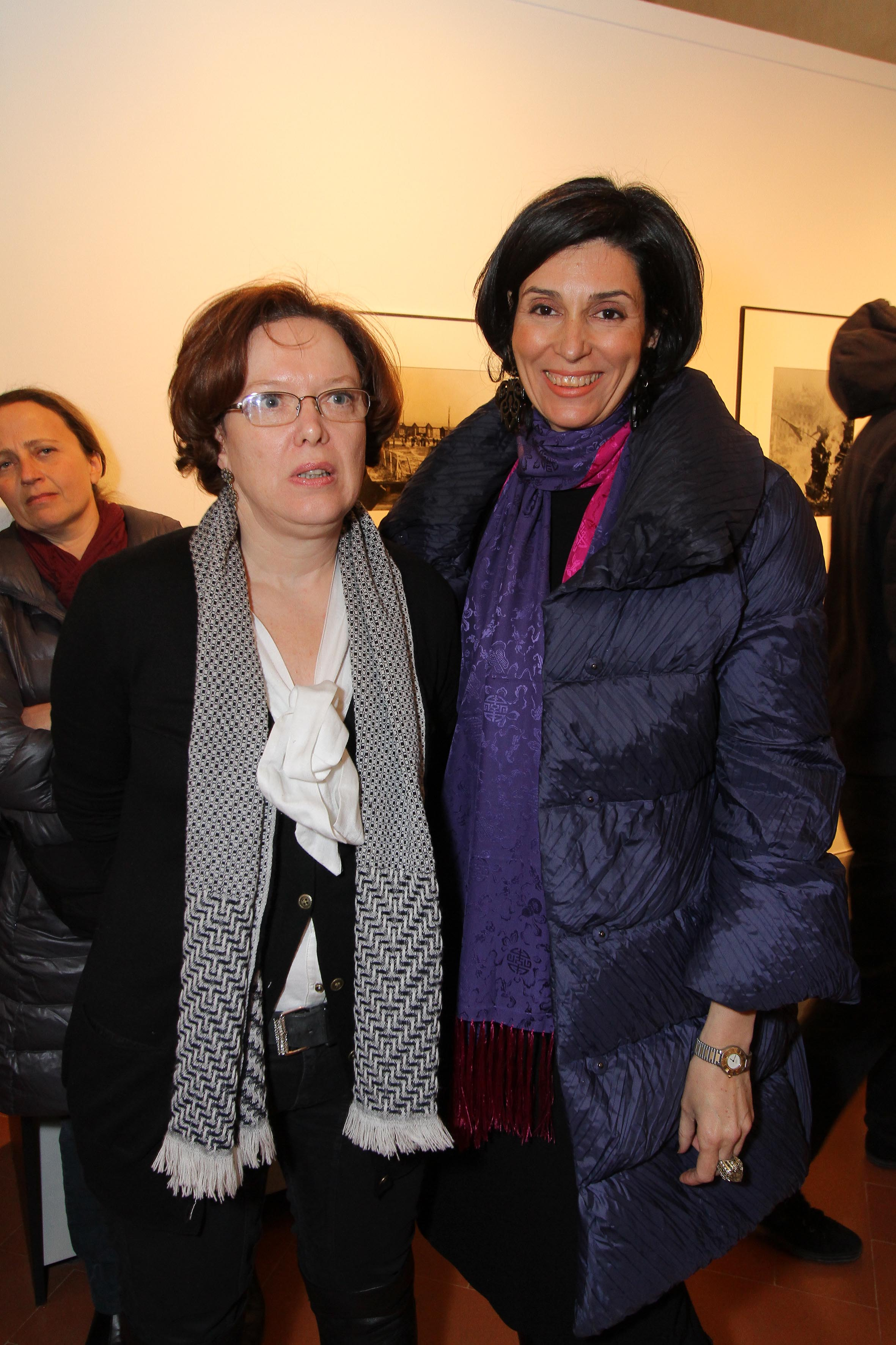 PRESSPHOTO Firenze, Museo Alinari, mostra fotografica Controverses. nella foto Cecilia Sandroni e Monica Maffioli