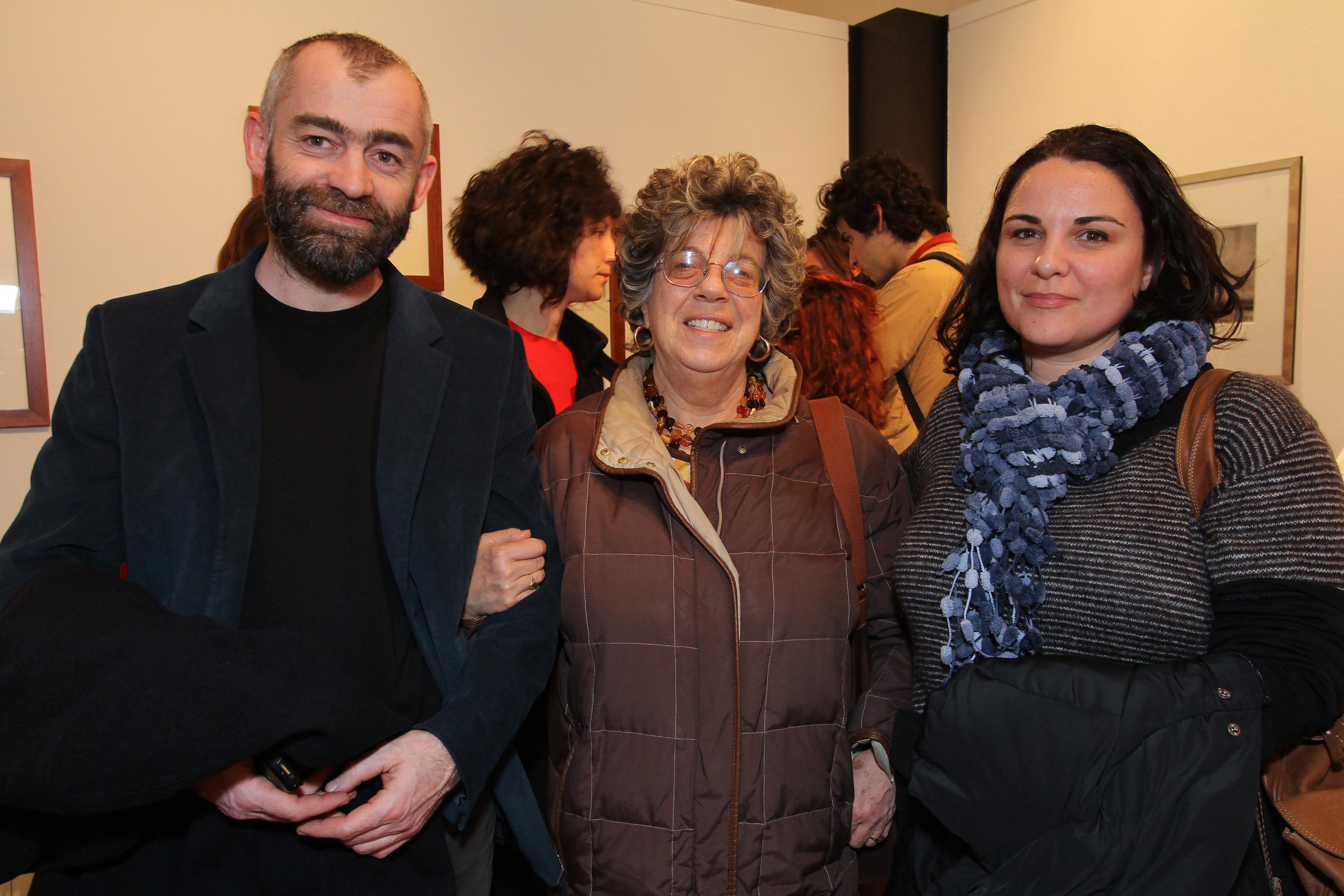 PRESSPHOTO Firenze, Museo Alinari, mostra fotografica Controverses. nella foto Nicola Sarti, Gianna De Polo e Stefania Di Leo