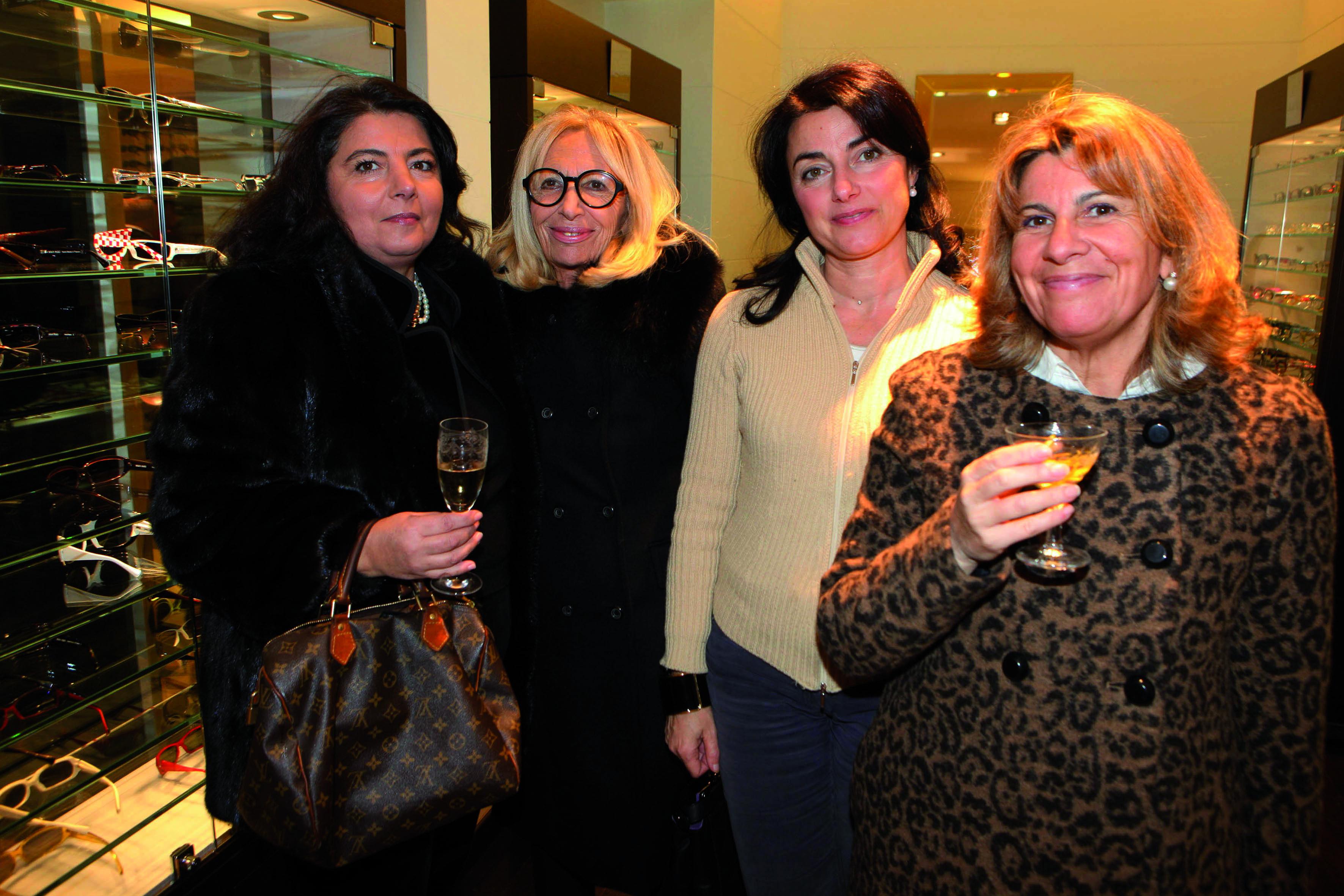 frncesca trocone,Eleonora Cosci,nicoleta manetti, Tania Santini pressphoto-Firenze Magazine  presentazione collezzione occhiali Chanel all'ottica Fontani