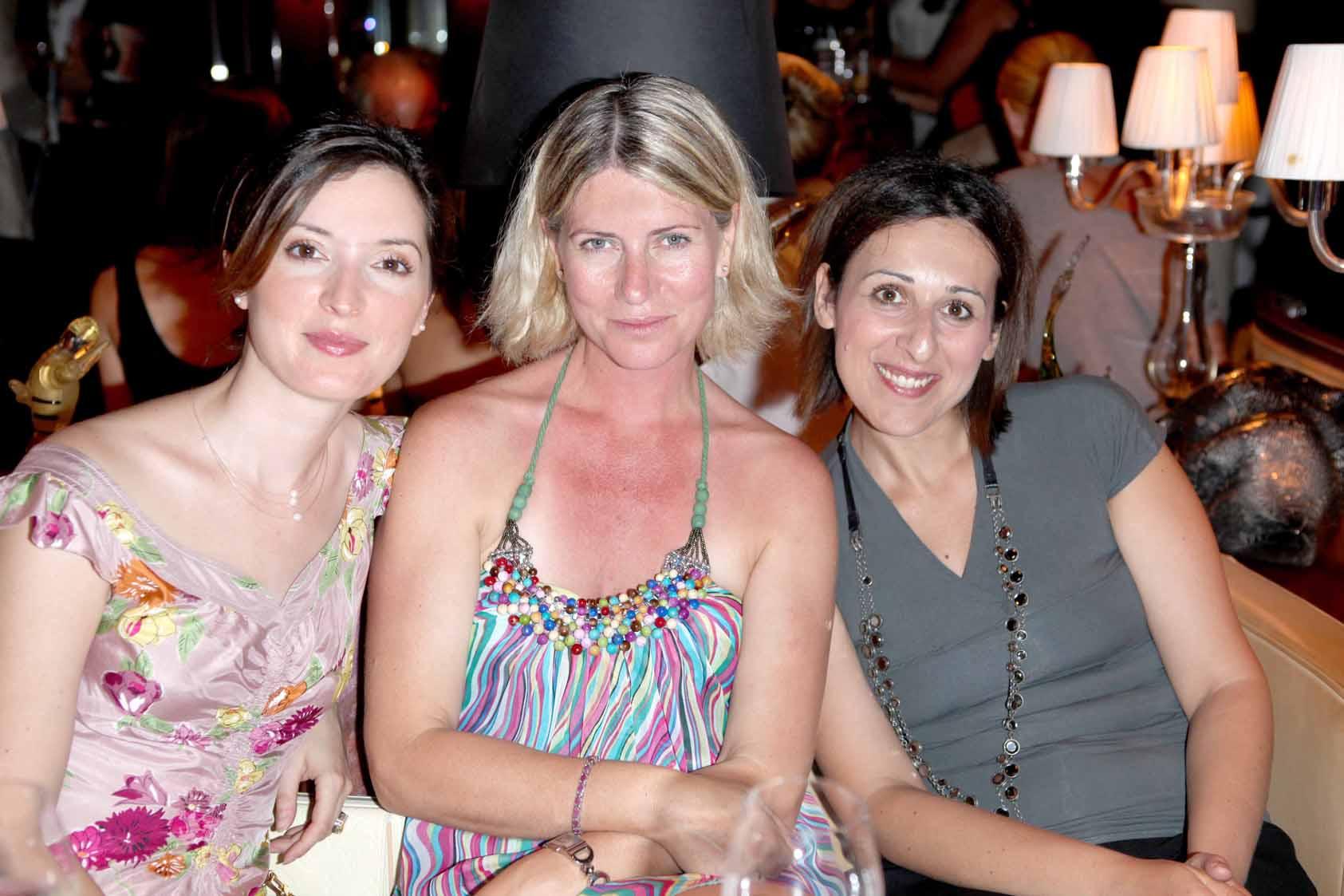 VENEZIA 06-07-2011 PALAZZINA GRASSI. PRESENTAZIONE DELLA RIVISTA VENEZOA MADE IN VENETO. NELLA FOTO:FRANCESCA ROTA,ELENA MAGRO, DANIELA GIUSTO