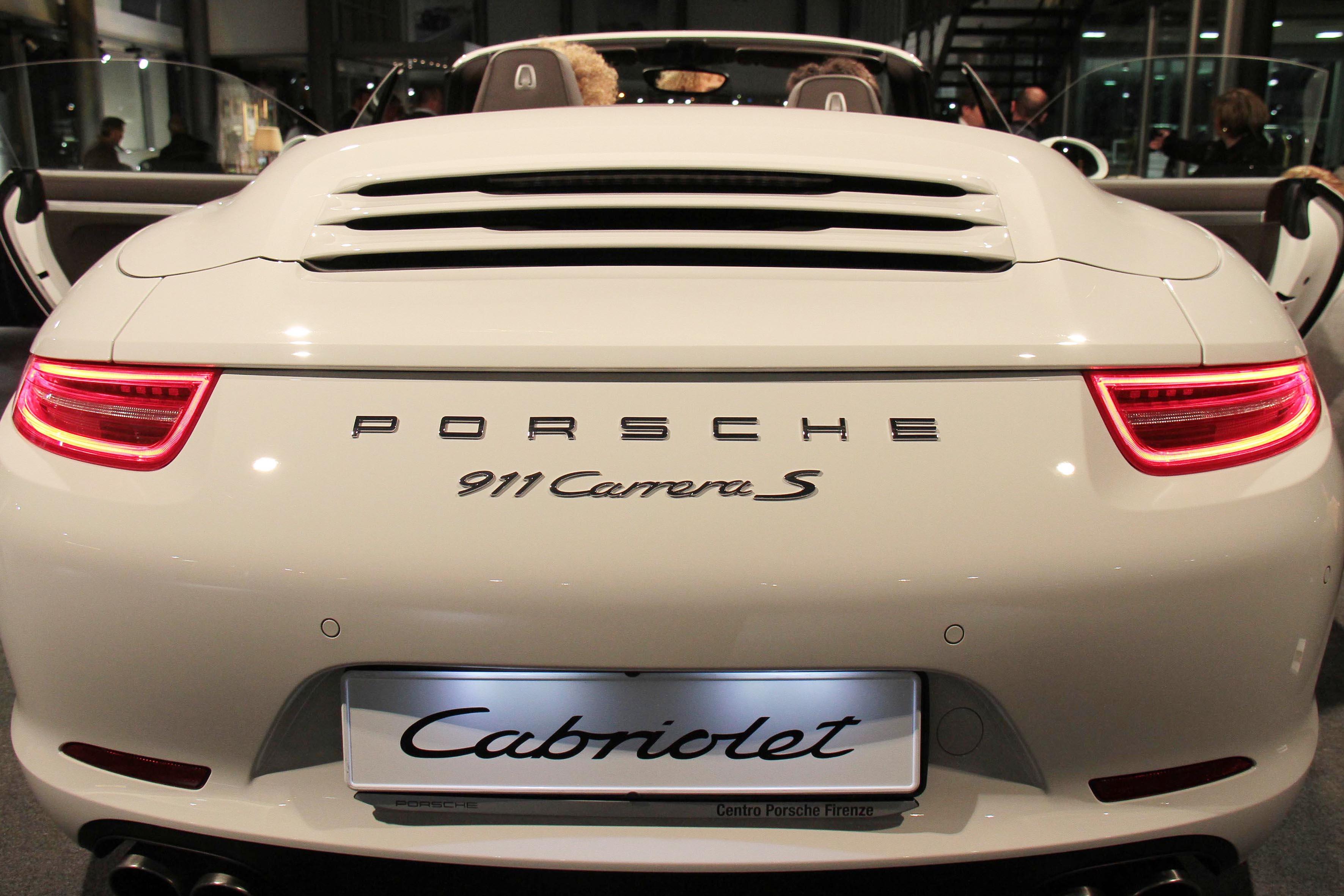 Porsche 911 Cabrio con Conte of Florence