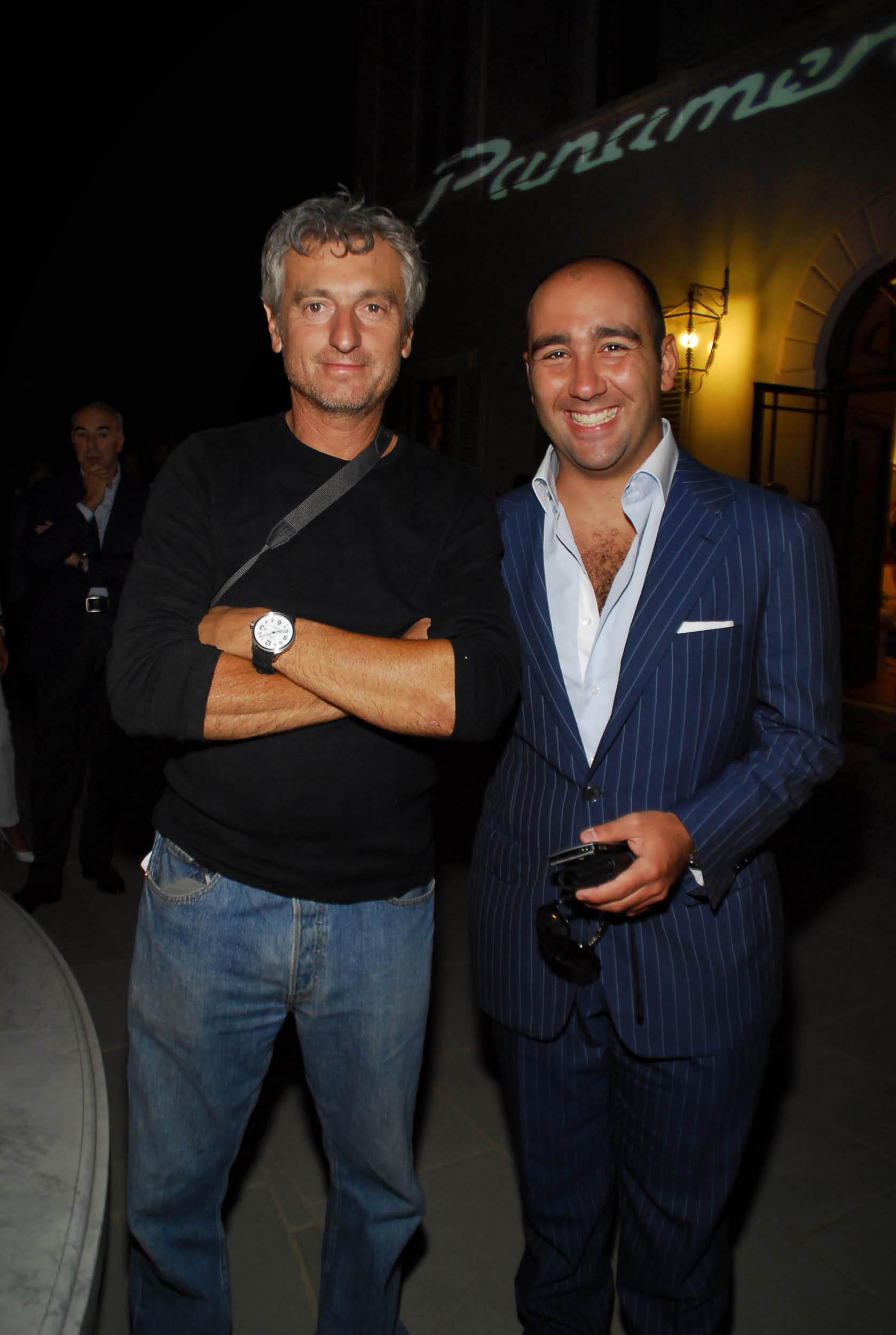 PRESSPHOTO  Firenze, Resort Villa Olmi, presentazione Porsche Panamera. Nella foto Filippo Ricci con Fabrizio della ditta Omikron