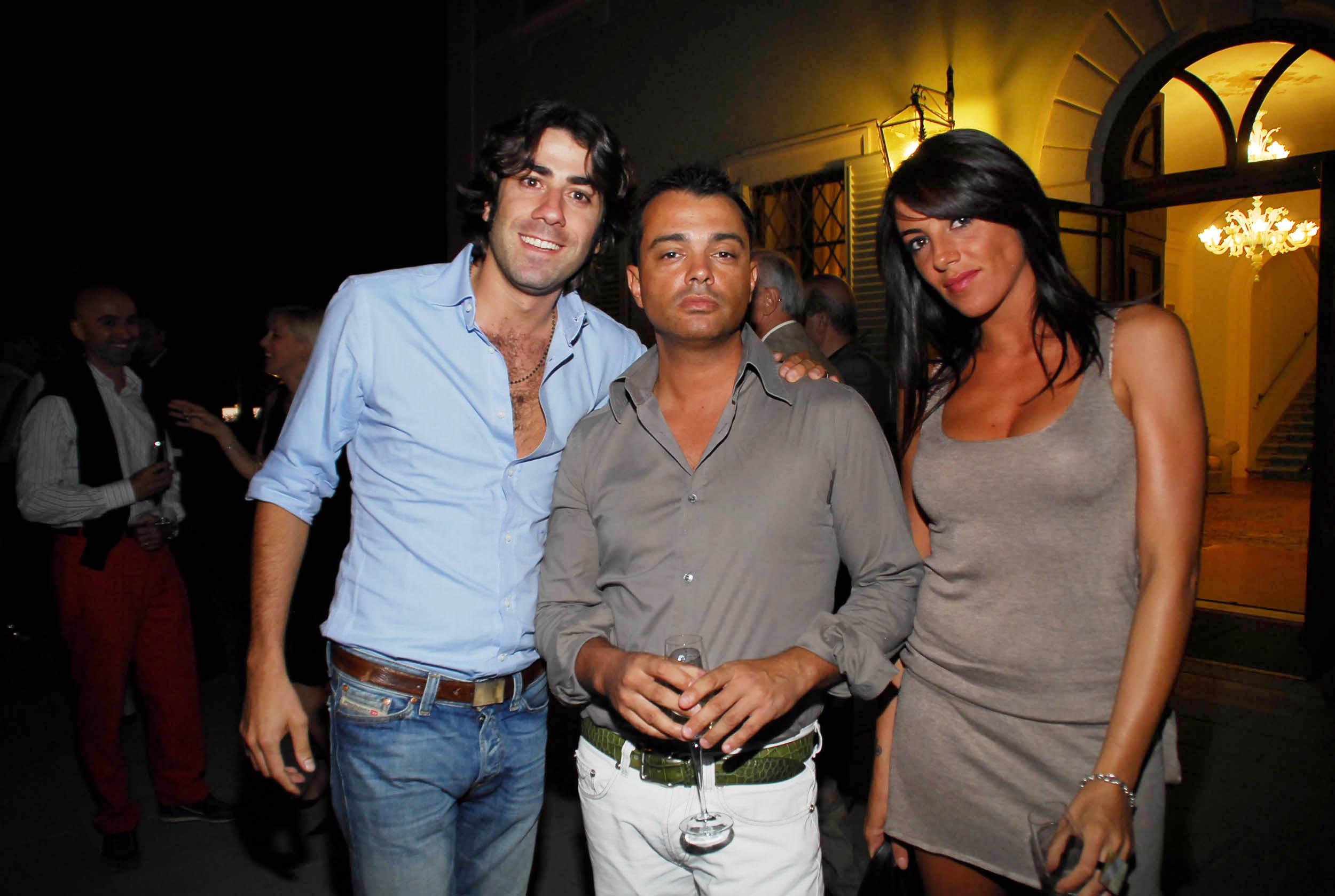 PRESSPHOTO  Firenze, Resort Villa Olmi, presentazione Porsche Panamera. Nella foto Barbara Luongo, Daniele Arienzo e Joseph Jacoviello