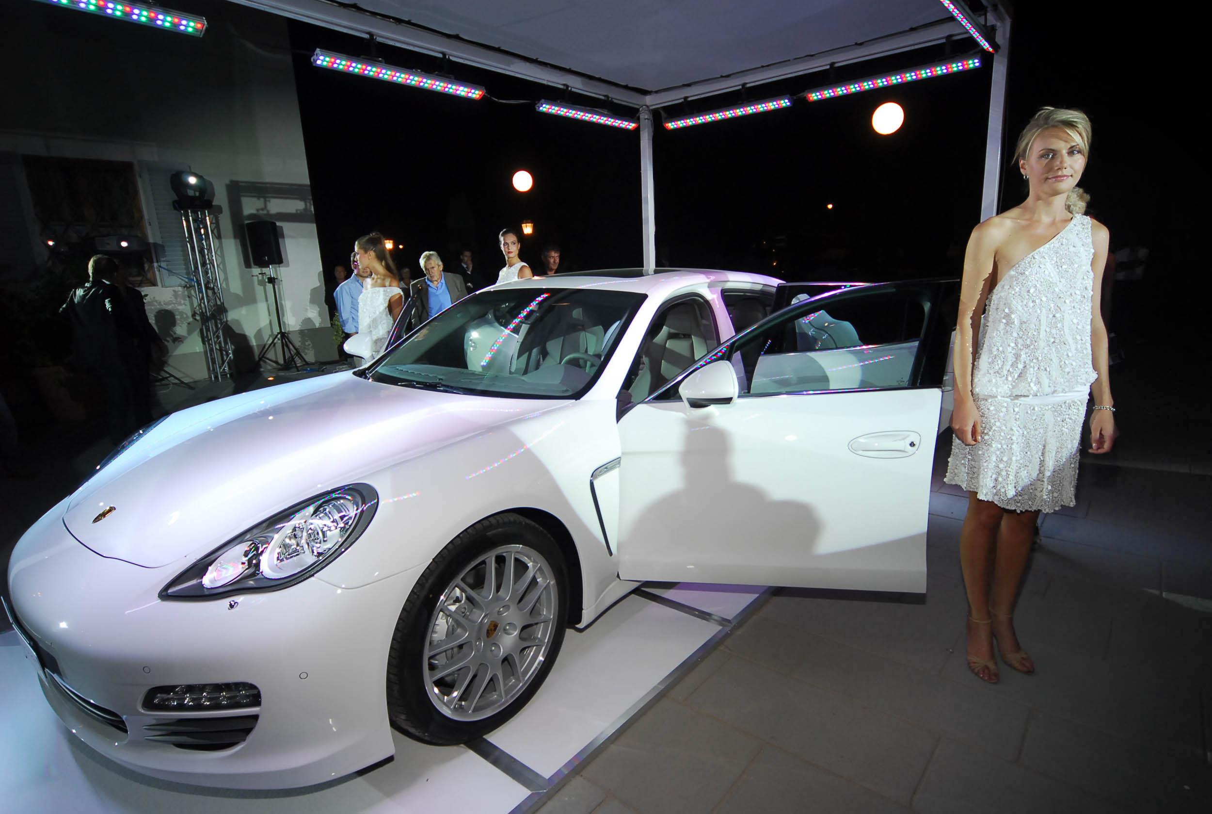 PRESSPHOTO  Firenze, Resort Villa Olmi, presentazione Porsche Panamera. Nella foto