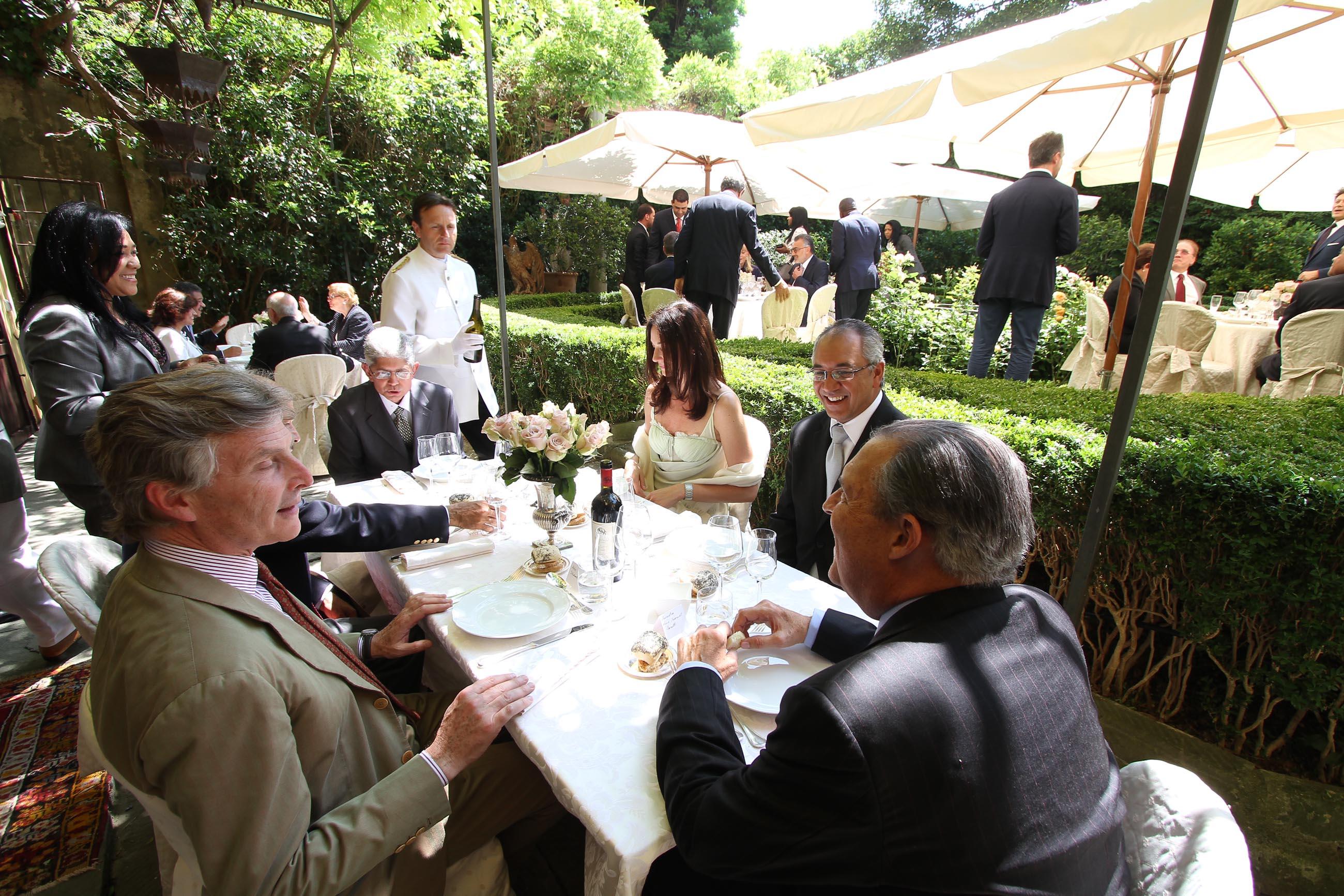 PRESSPHOTO Firenze, pranzo privato in casa di Massimo Listri in occasione della visita del presidente della Rep. Dominicana Leonel Fernandez