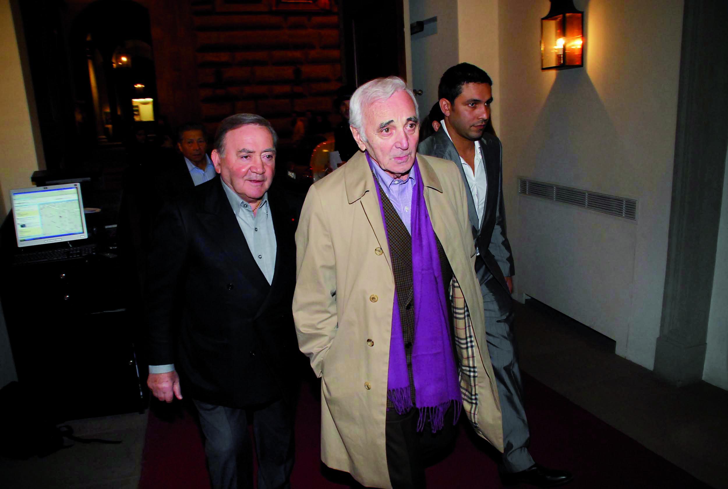 PRESSPHOTO Firenze, Cinema Odeon, Renzi assegna il Fiorino d'oro a Charles Aznavour, segue cena di gala a Palazzo Tornabuoni
