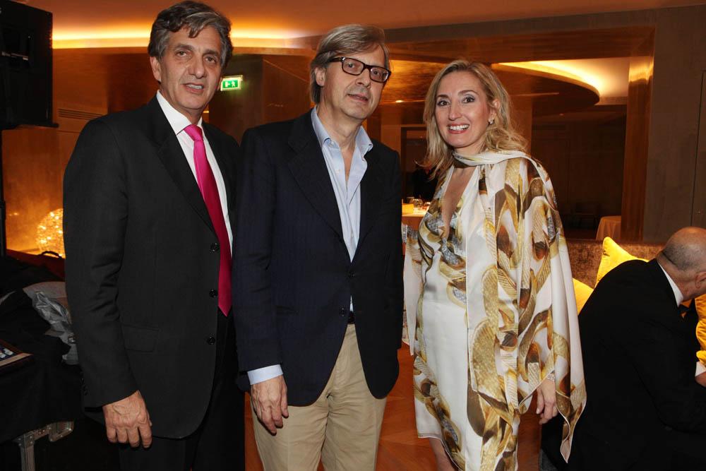 Milano, inaugurazione Rosa Grand, nuovo albergo dell Starhotel , foto Gianluca Moggi/NEWPRESSPHOTO. nella foto :Elisabetta Fabri con il marito David e Vittorio Sgarbi