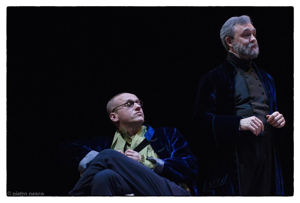 Teatro della Pergola Il gioco dell'amore e del caso di Marivaux Regia di Piero Maccarinelli